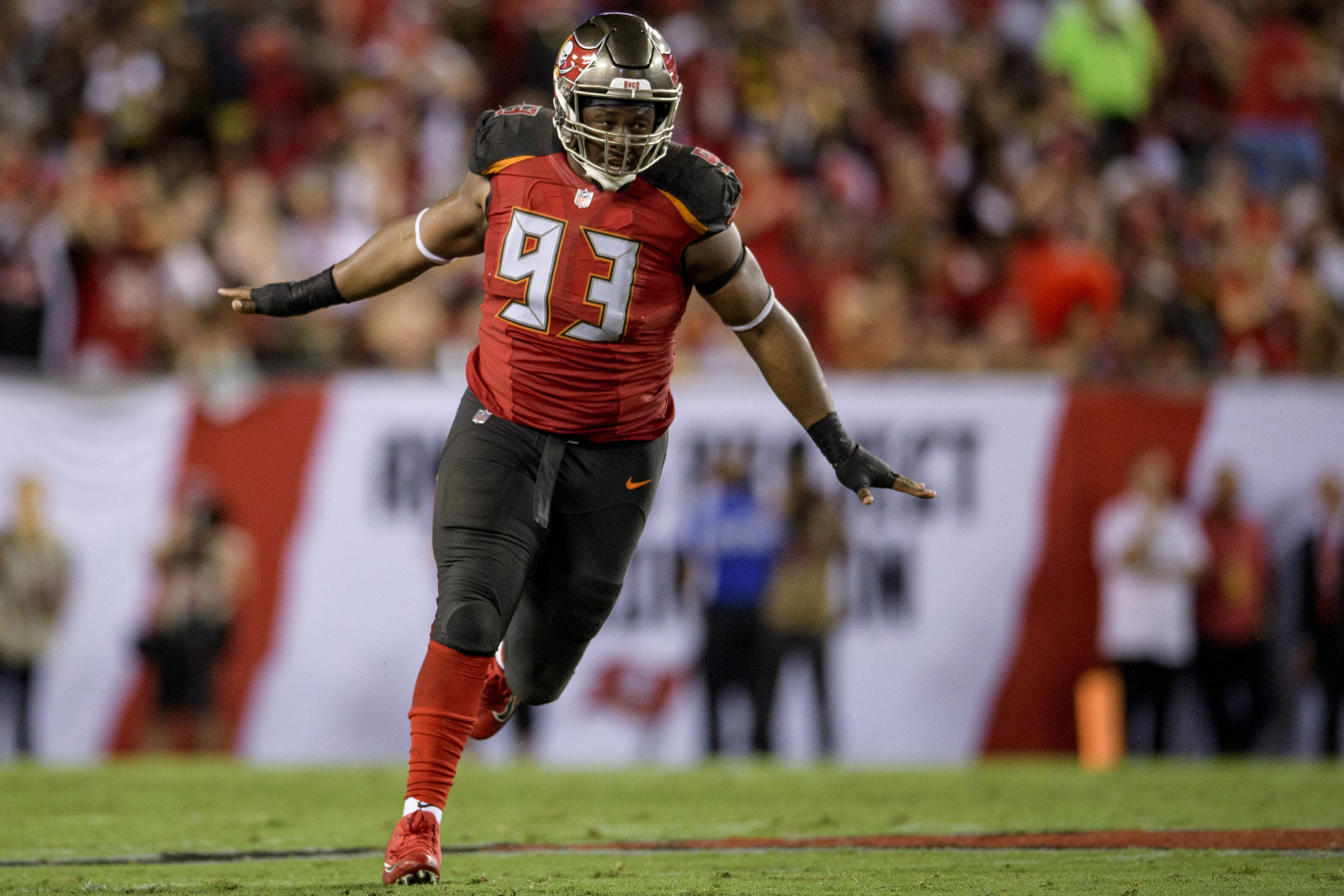Buccaneers plan to keep Gerald McCoy on board for 2019