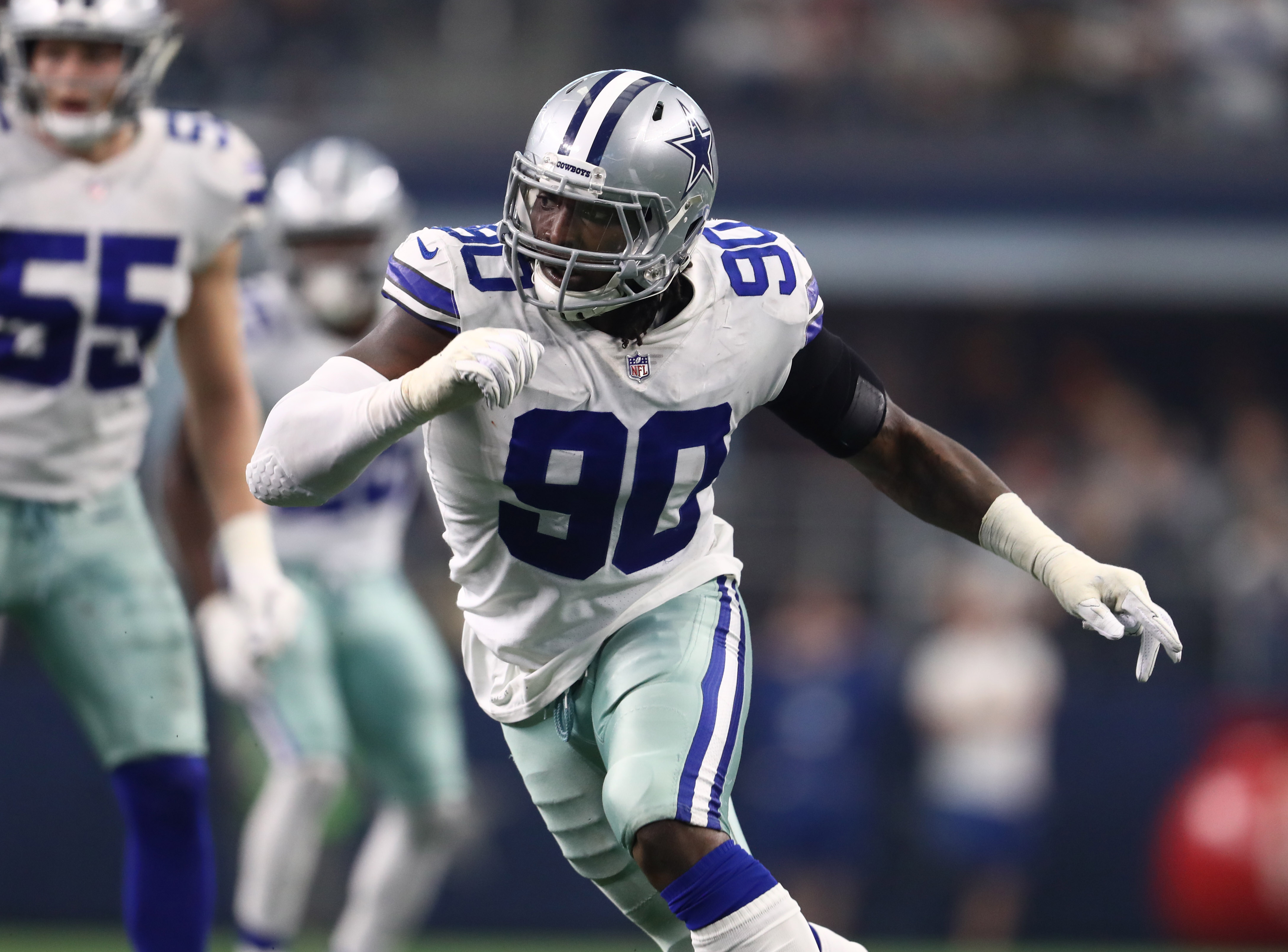 Cowboys made the situation with DeMarcus Lawrence difficult
