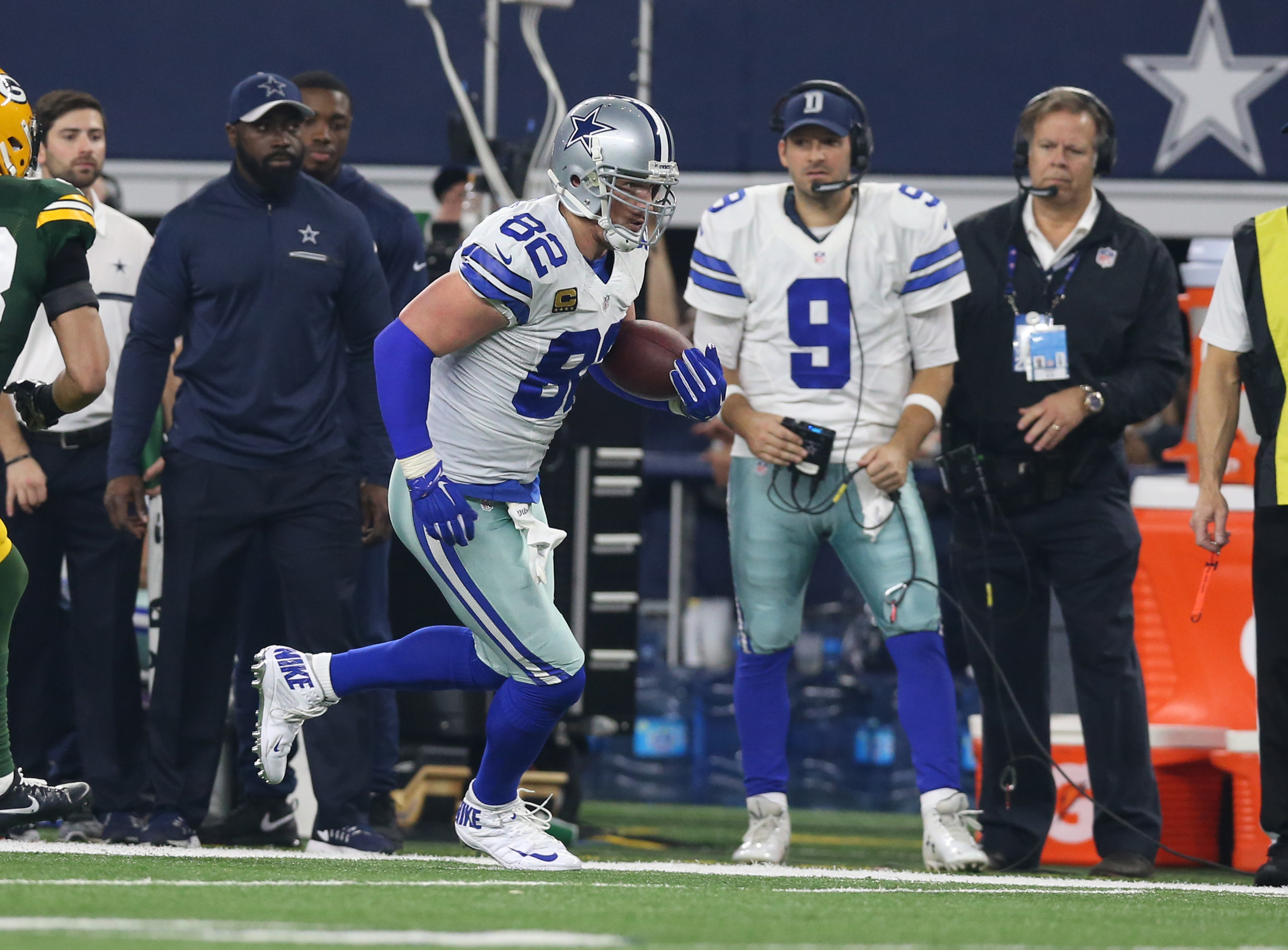 Did the Dallas Cowboys have the wrong commentator return?