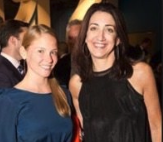 Look: Photos of Larry Baer's beautiful wife, Pam, show Giants CEO is doing well