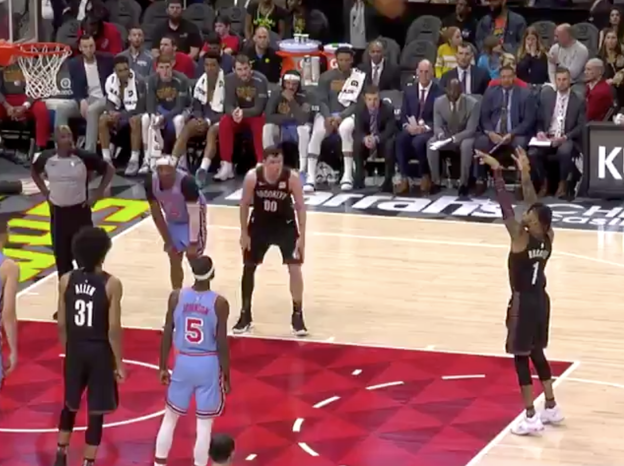 Hawks fans troll D'Angelo Russell with 'snitch' chants (Video)
