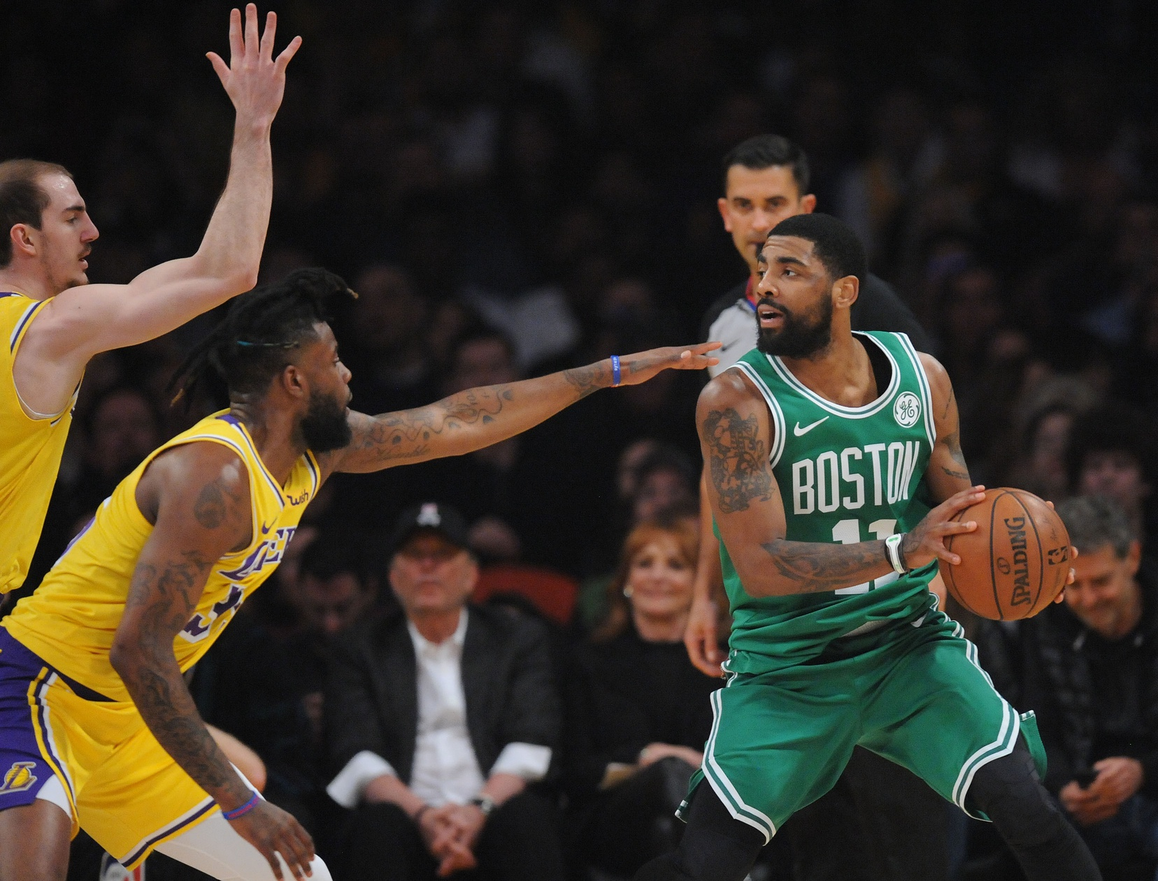 Recap: Kyrie Irving dazzles, Celtics keep rolling against Lakers