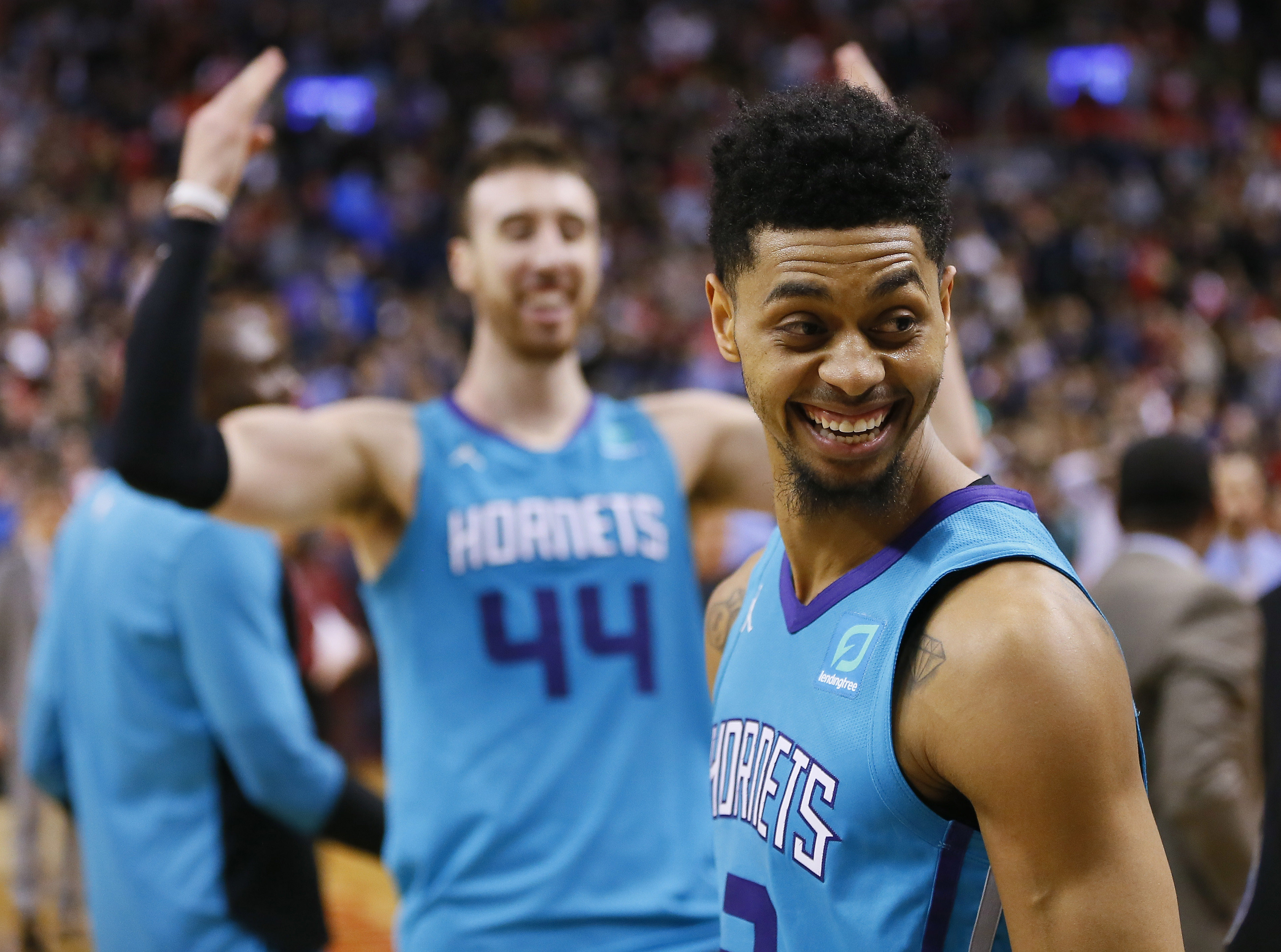 Jeremy Lamb drains insane half-court shot, lifts Hornets over Raptors (Video)
