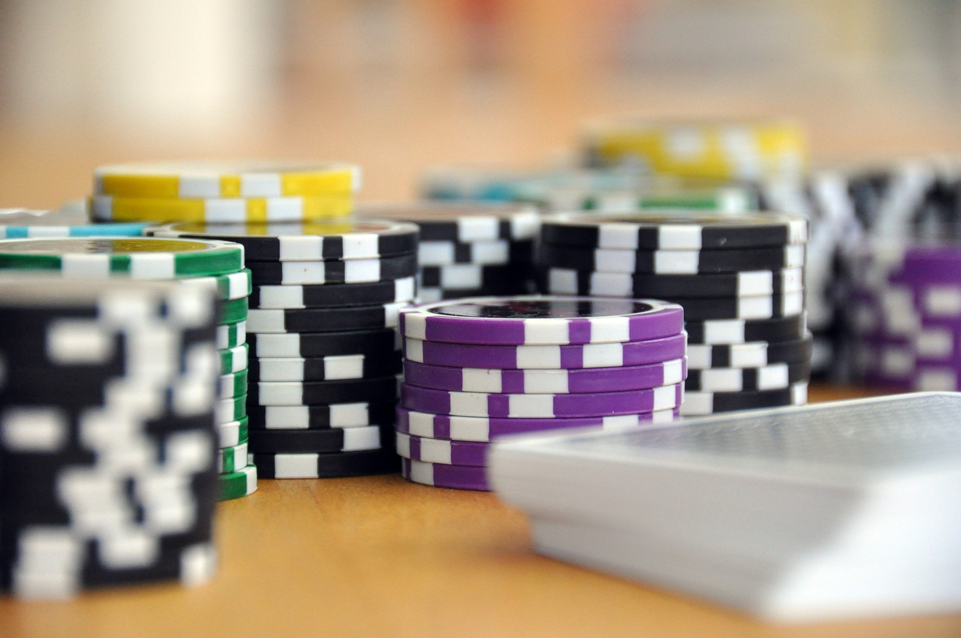 It's Easy and Dangerous to Combine Gambling Sites and Poker