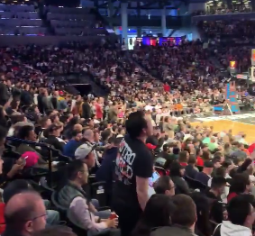 Nets fans show Dwyane Wade love with funny Paul Pierce chant
