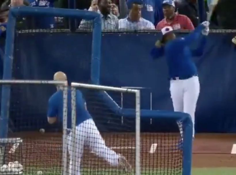 Watch: Vladimir Guerrero Jr. hits home run to the moon in first batting practice with Jays