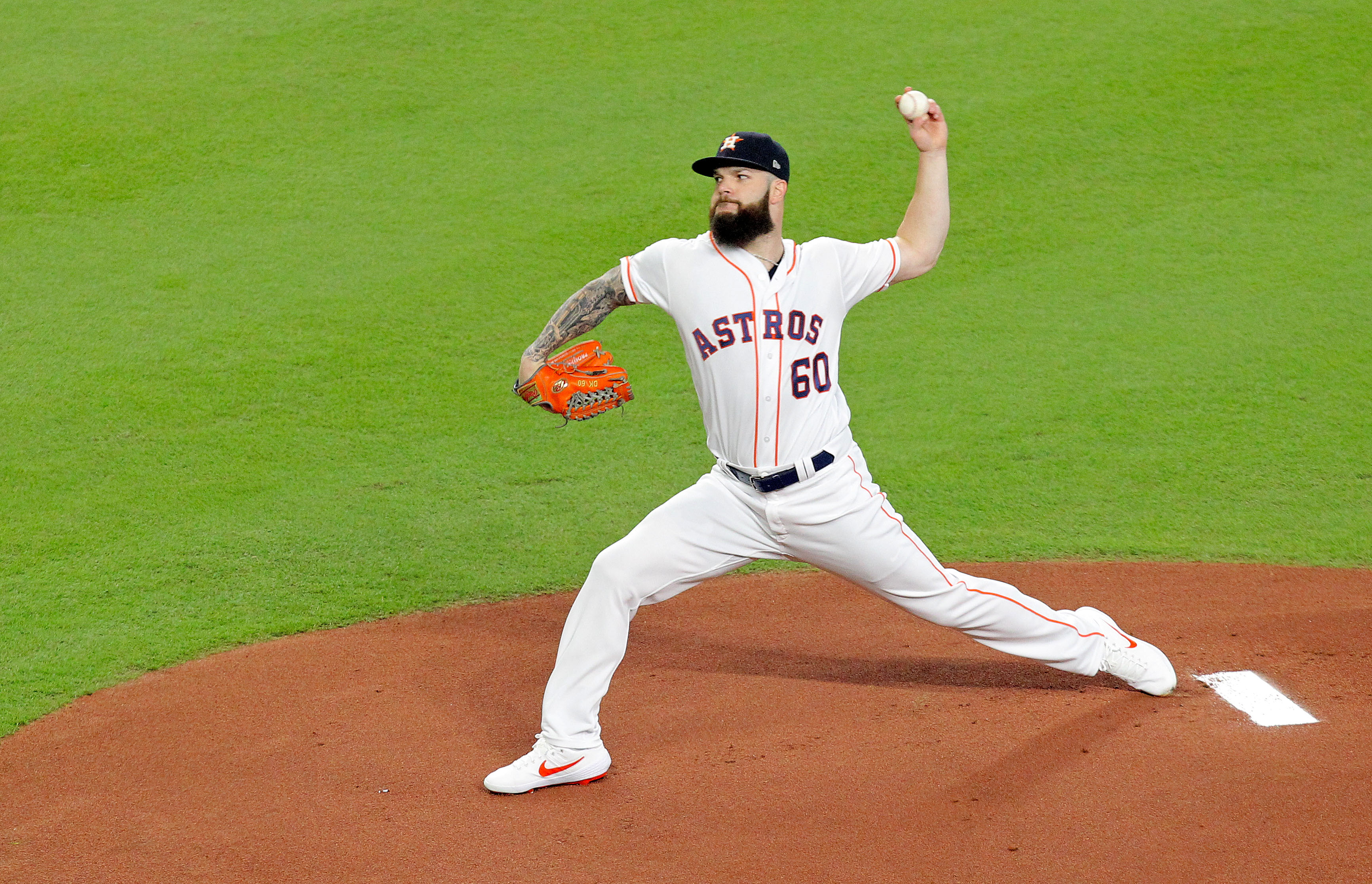Report: Dallas Keuchel now willing to sign one-year deal