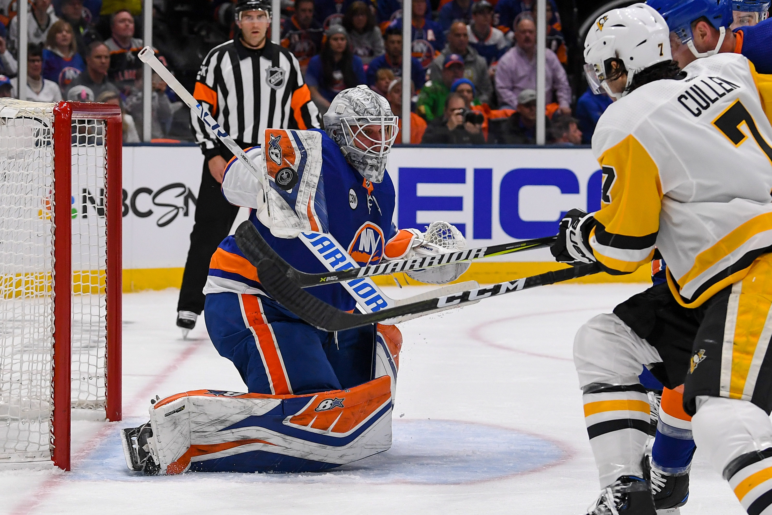Apr 10, 2019; Brooklyn, NY, USA; New York Islanders goaltender Robin Lehner (40) makes a save against the Pittsburgh Penguins during the first period in game one of the first round of the 2019 Stanley Cup Playoffs at Barclays Center. Mandatory Credit: Dennis Schneidler-USA TODAY Sports