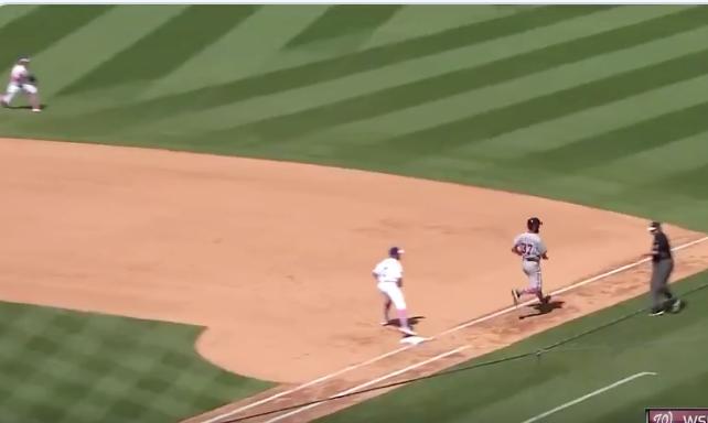 Watch: Cody Bellinger's sensational play preserves Hyun-Jin Ryu's no-hitter