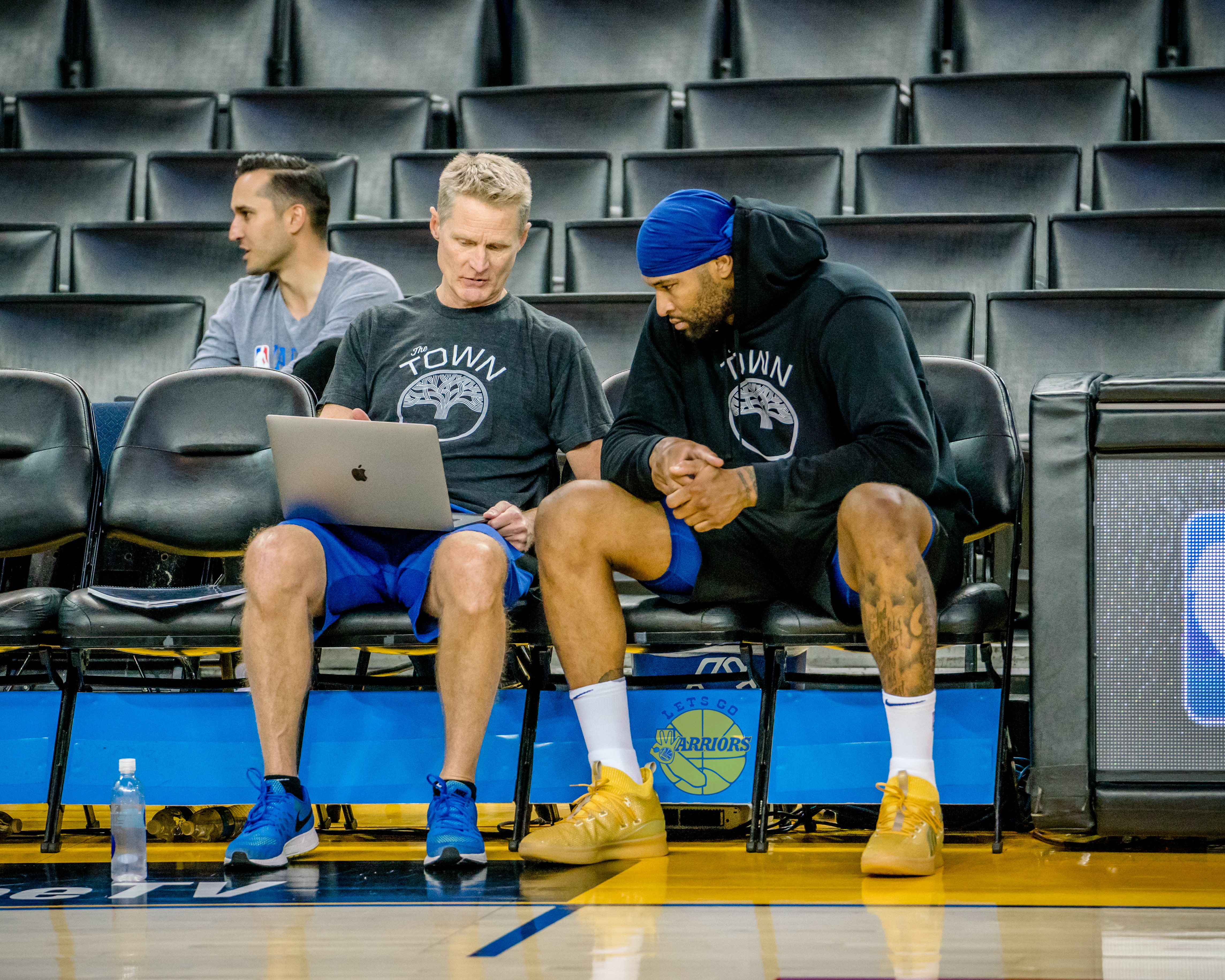 [PHOTO GALLERY + SLIDESHOW] Warriors Practice before Game 6 NBA Finals