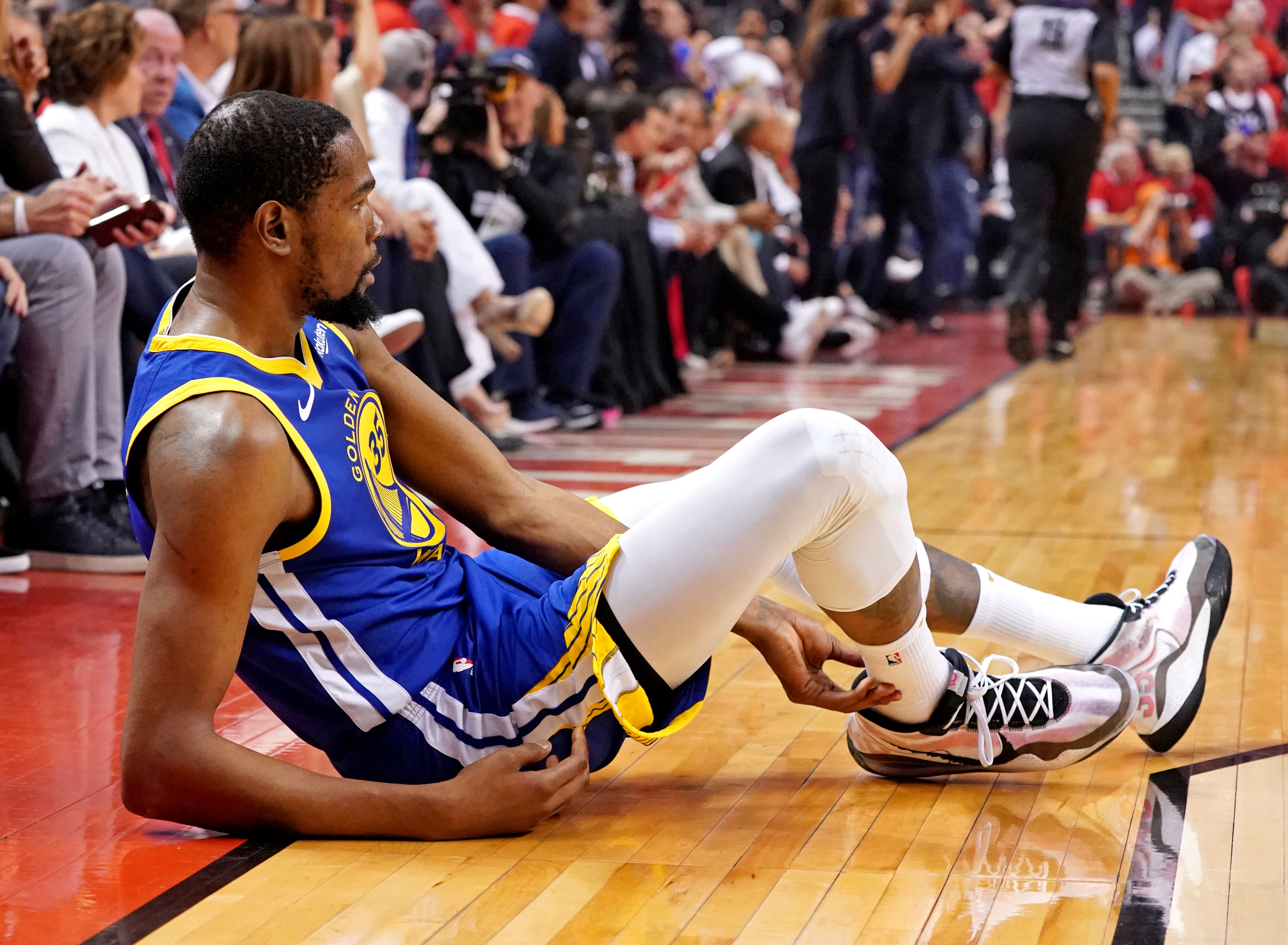 Should A NBA Team Pay Kevin Durant This Summer?