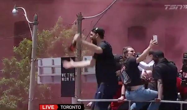 Marc Gasol goes nuts celebrating, dancing at Raptors championship parade (Video)