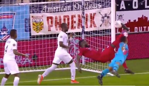 Jozy Altidore has insane bicycle kick goal vs Panama (Video)
