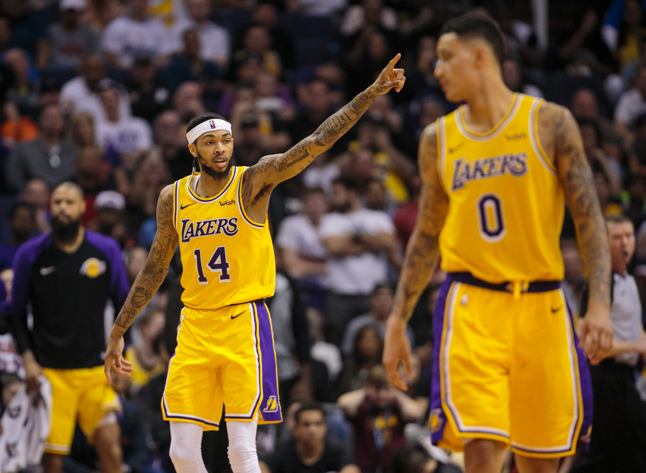 Watch: Brandon Ingram throws major shade at LeBron James in Instagram live stream