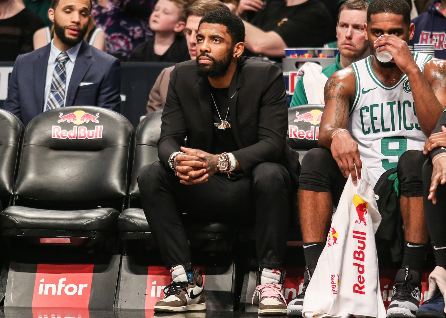 Bulpett: Two sources says Kyrie Irving will sign with Brooklyn Nets
