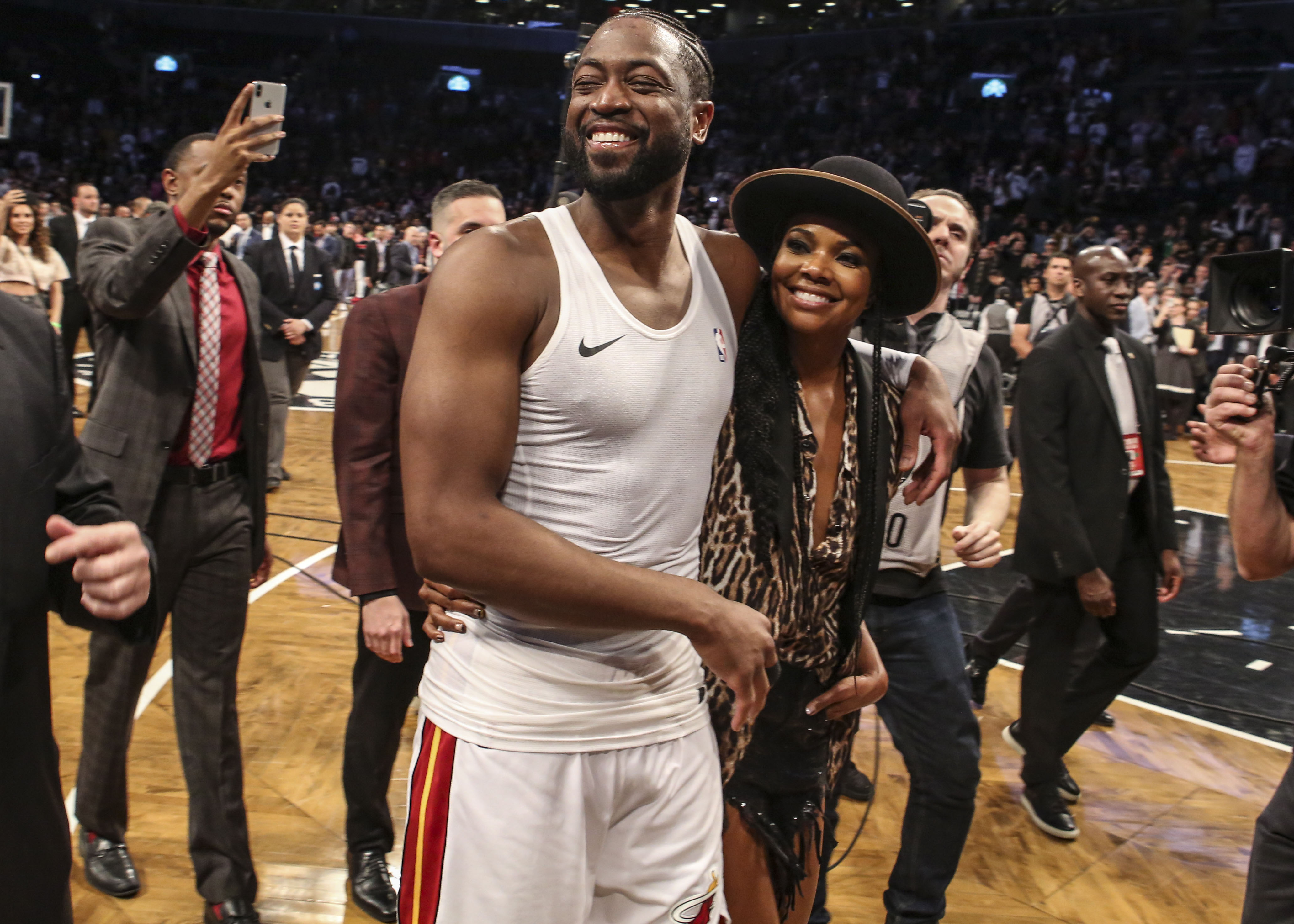 Heat rumors: Dwyane Wade hints at coming out of retirement due to Jimmy Butler trade