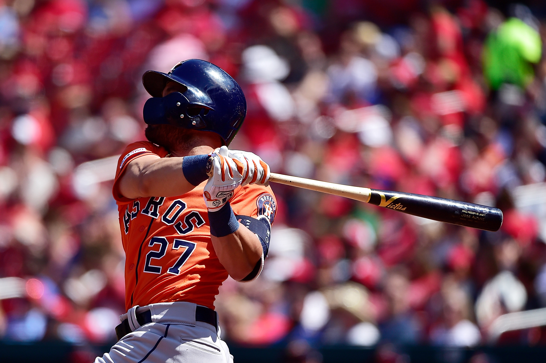 Jose Altuve turning his season around for the Astros
