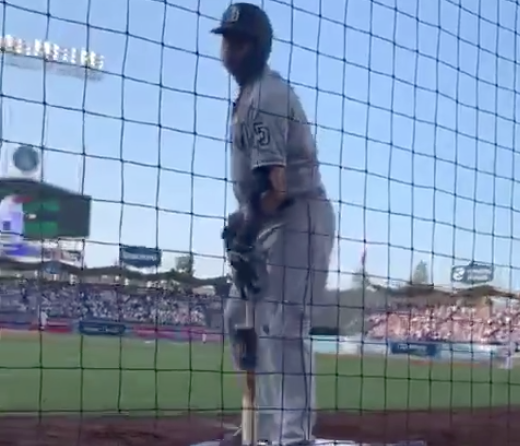 Watch: Manny Machado puts Dodgers fan, heckler in place during game with funny zinger