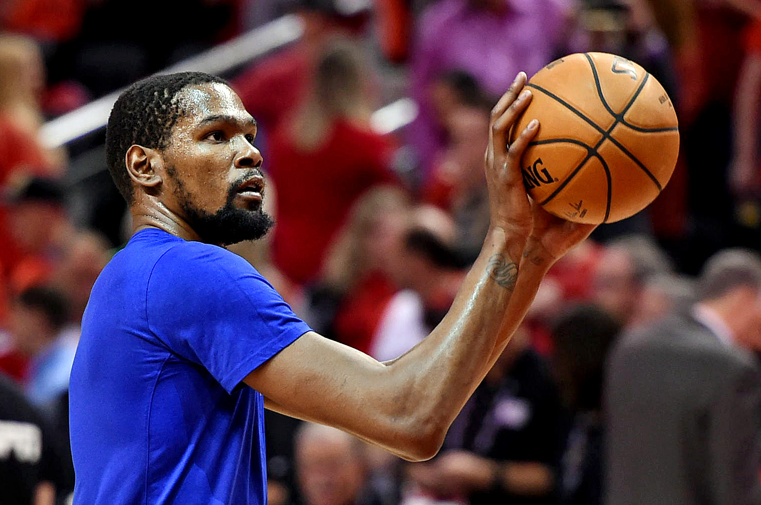 Kevin Durant, Kyrie Irving planned to team up before last season began (Report)