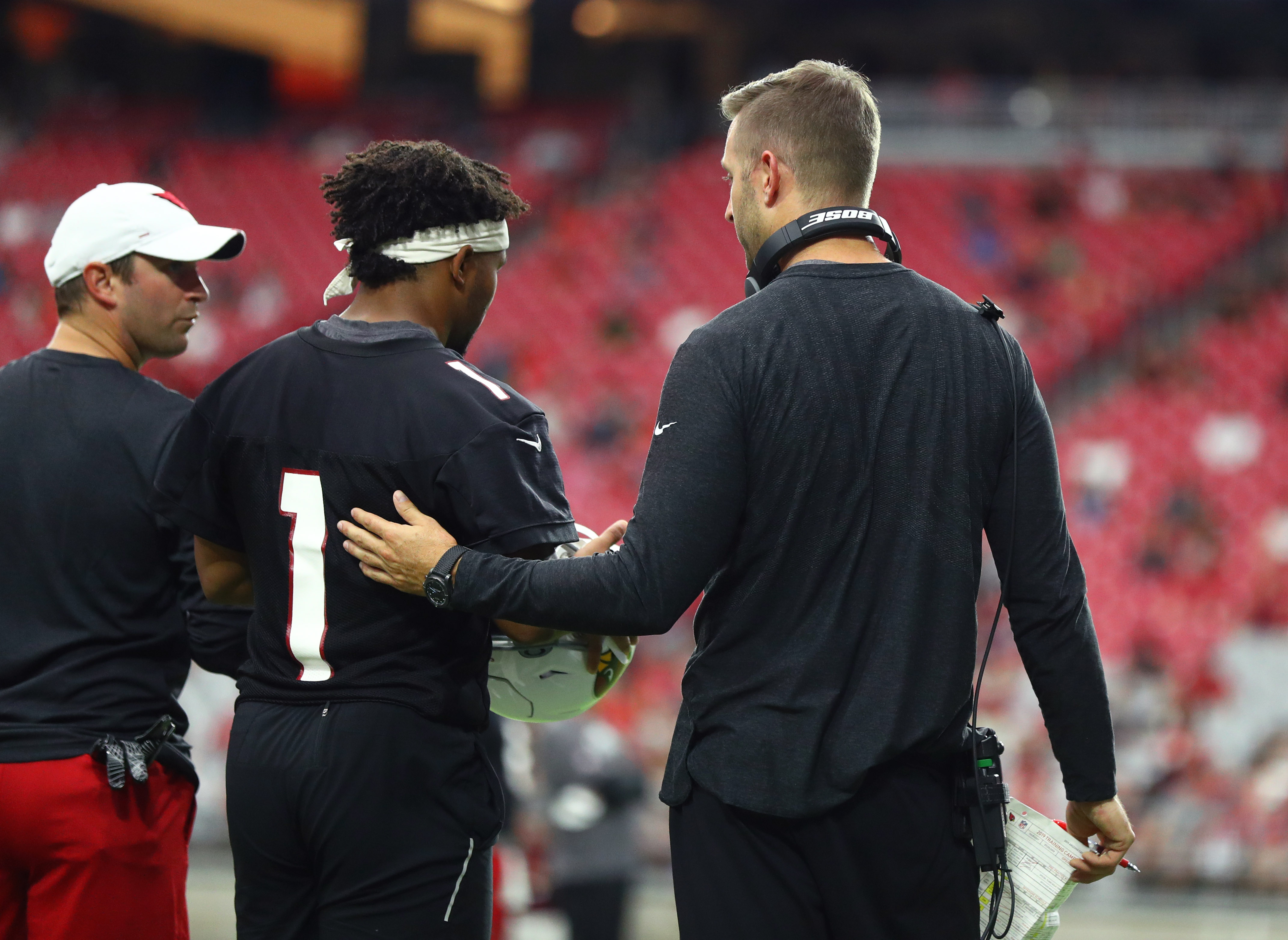 Kyler Murray defends Kliff Kingsbury's oft-criticized offensive scheme