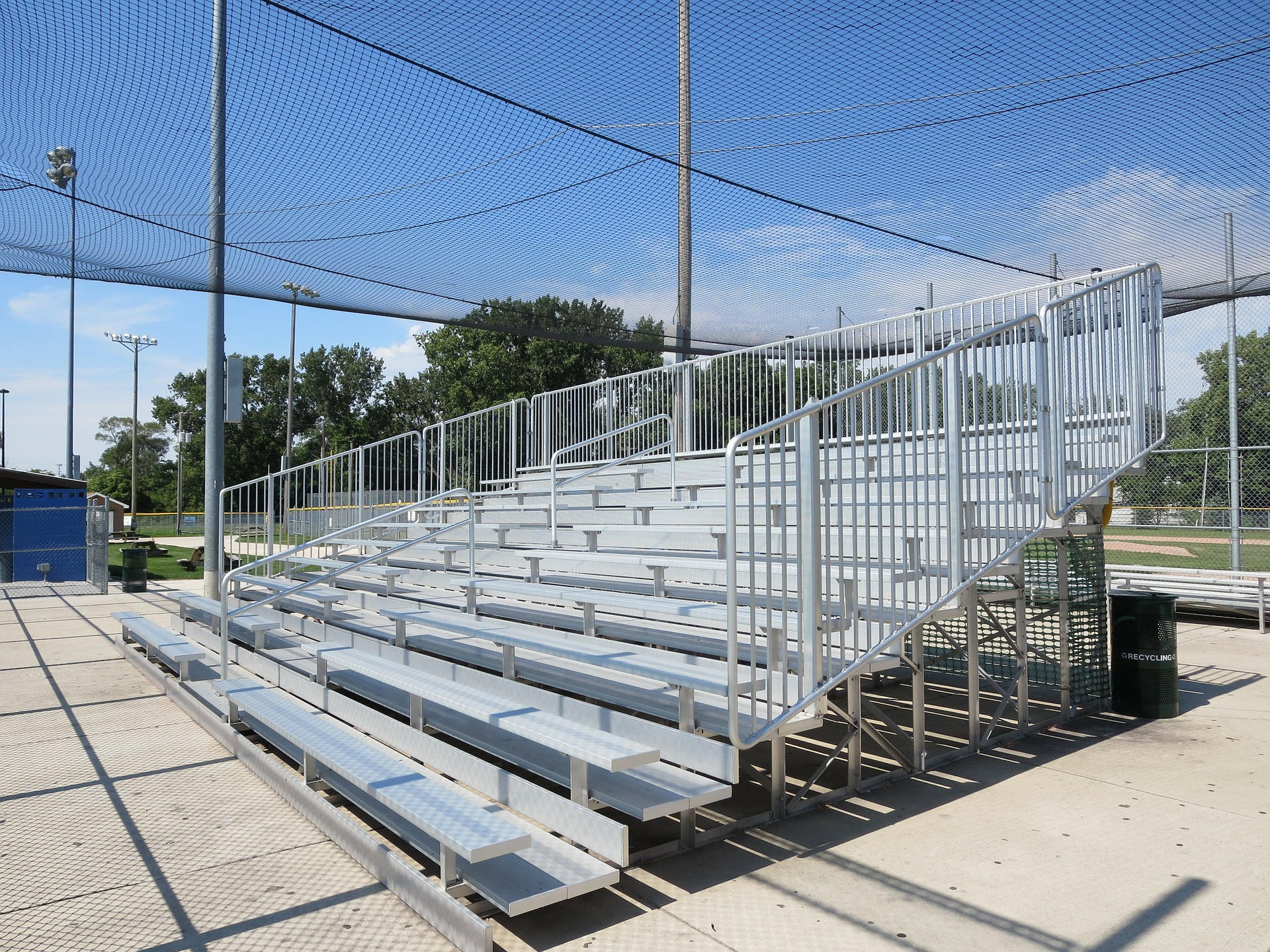 What to Look for When Investing in Aluminum Bleachers