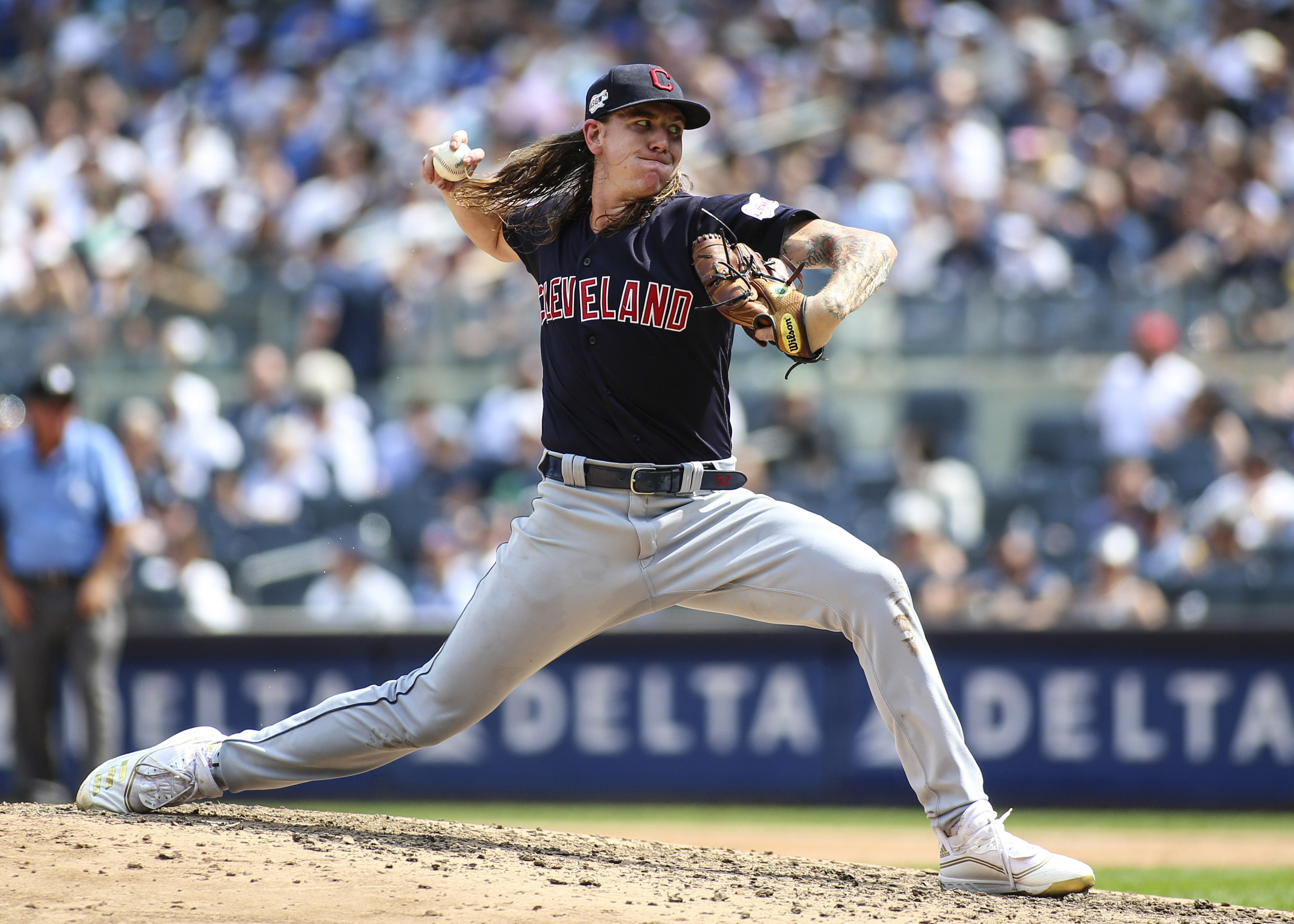 Cleveland Indians lead tight American League wildcard race