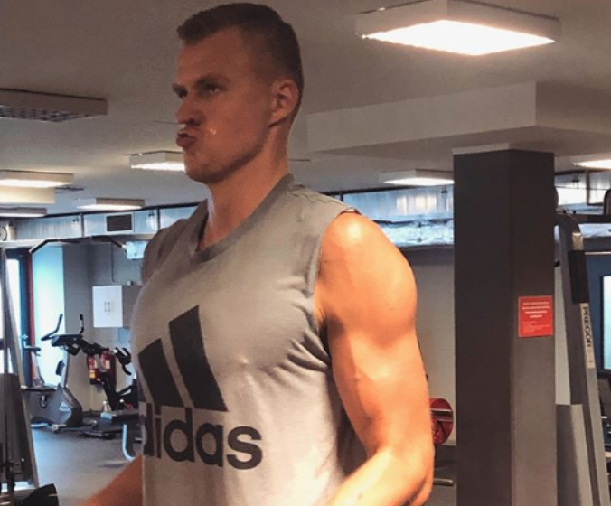 Look: Kristaps Porzingis looked ripped, muscular in workout photo amid injury recovery