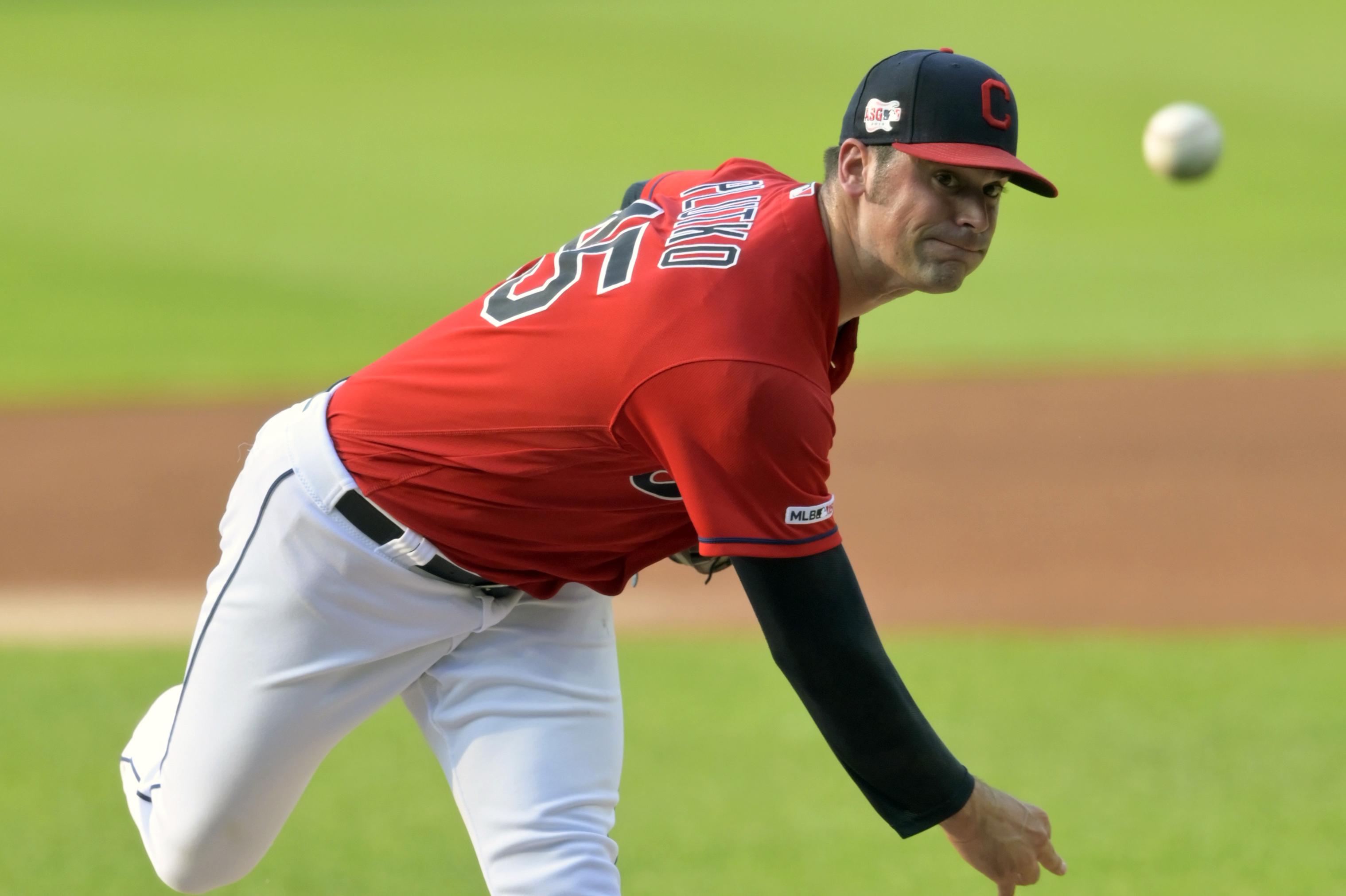 Indians trade reliever Adam Plutko to the Orioles