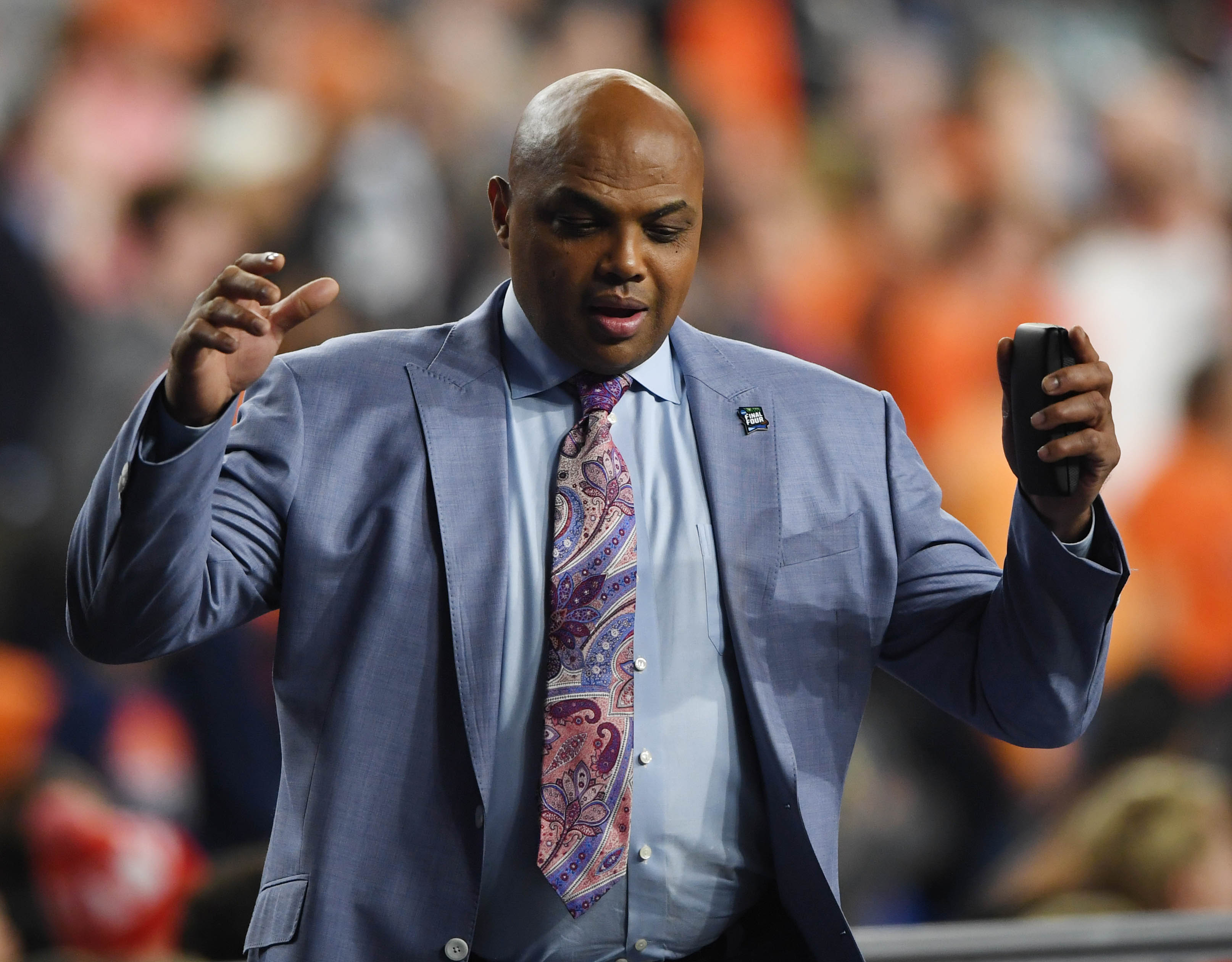 Charles Barkley to be honored by Sixers with statue outside practice facility