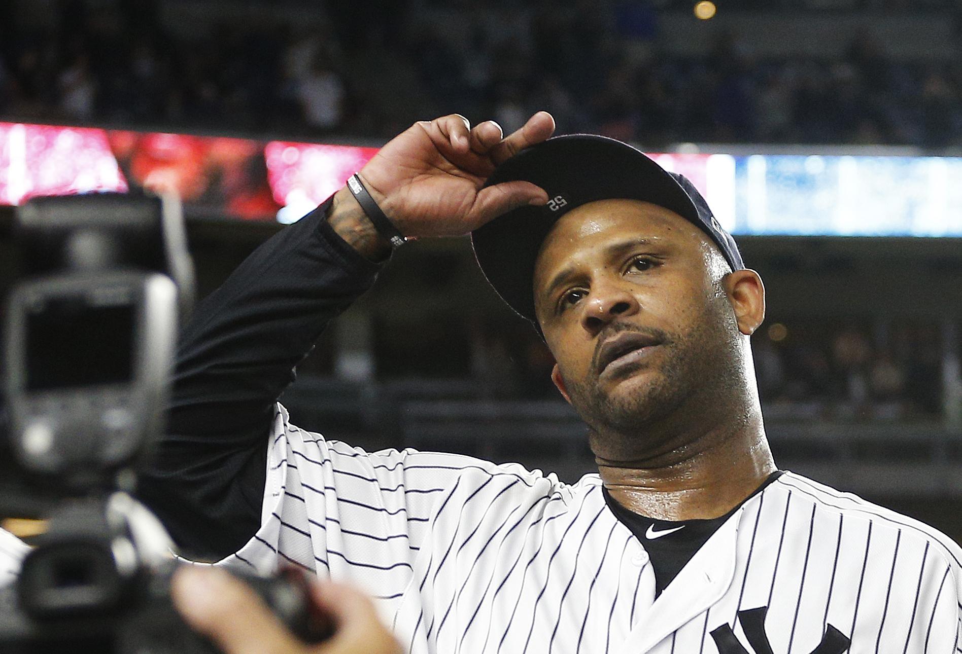 CC Sabathia gets massive ovation from fans in final regular-season game at Yankee Stadium (Video)
