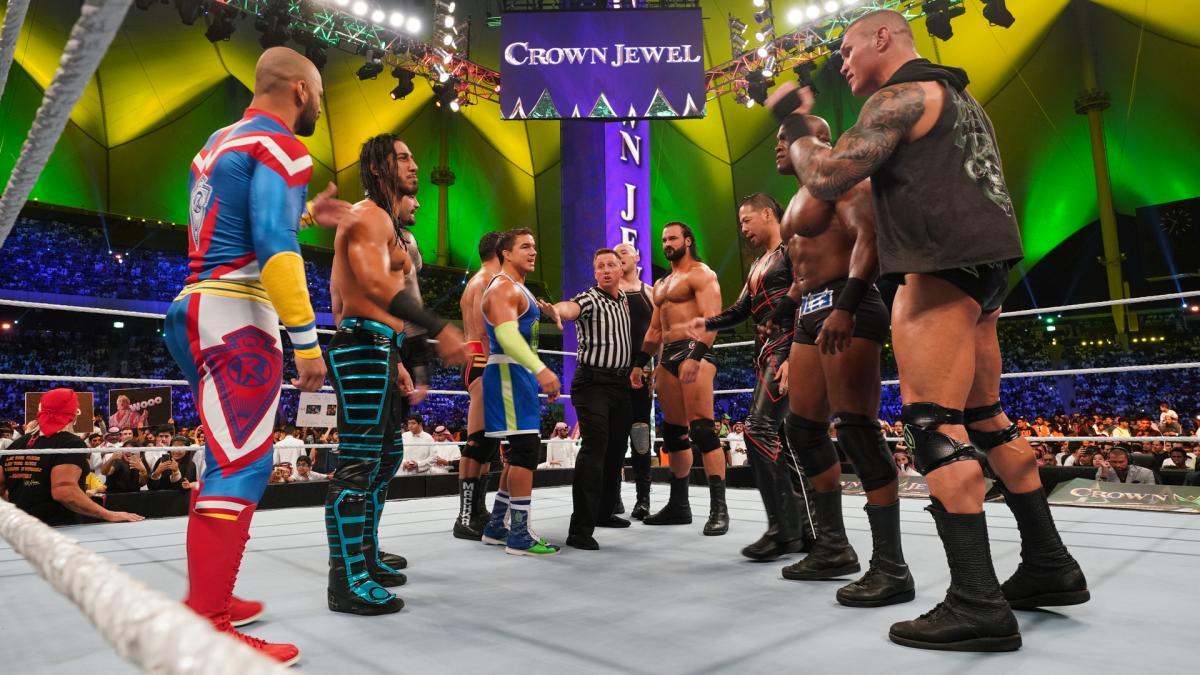 Team Hogan Defeats Team Flair At WWE 'Crown Jewel'