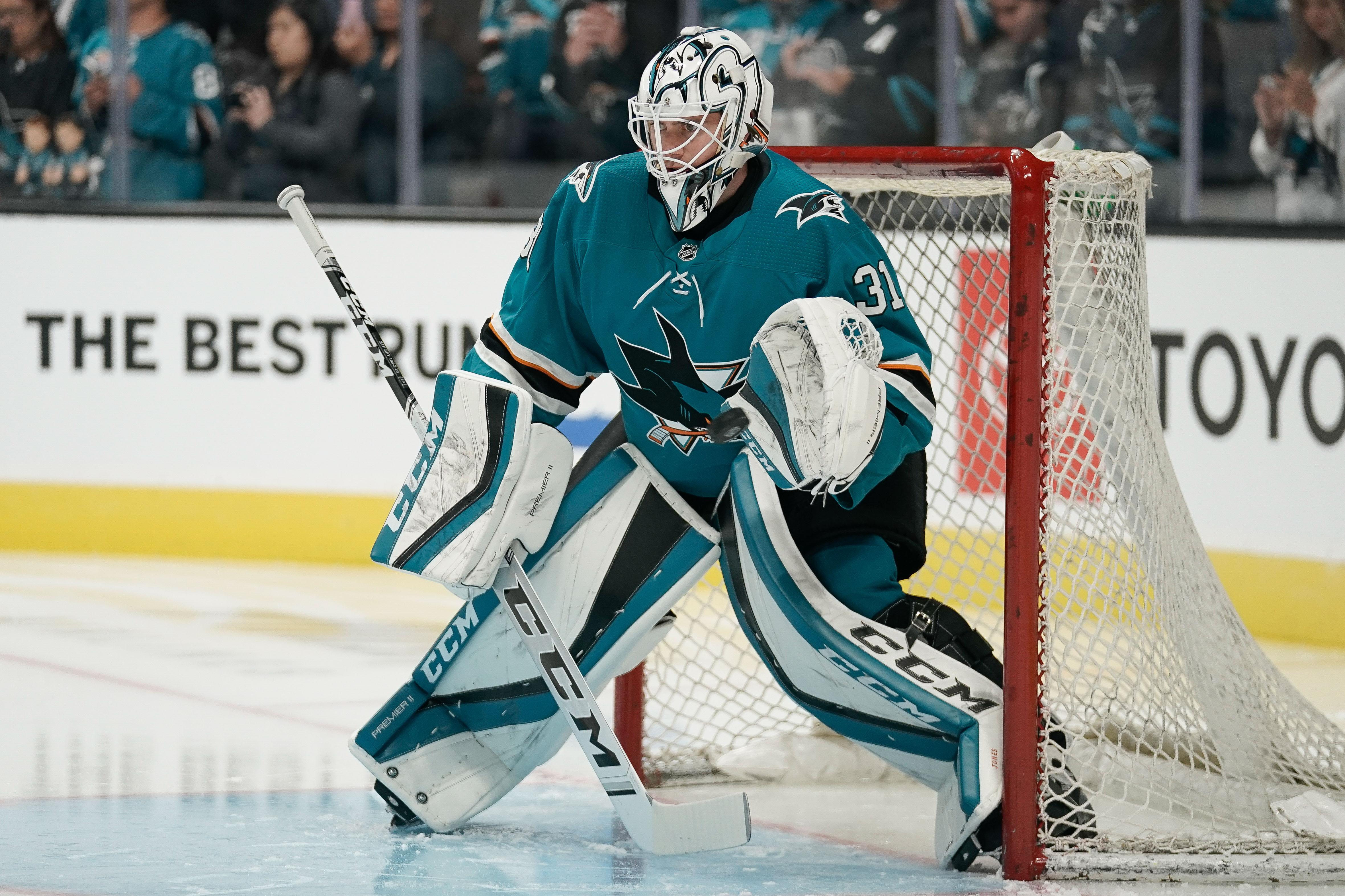 San Jose Sharks may need to consider goaltending change to salvage their season