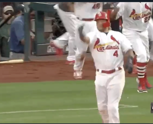 Yadier Molina does throat-slash gesture, epic bat flip after game-winner (Video)