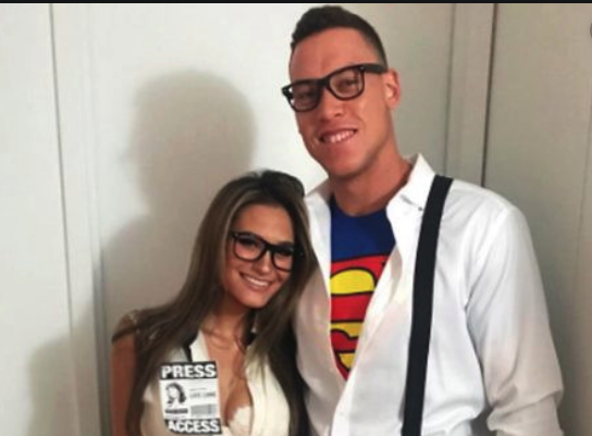 Look: Aaron Judge's brunette bombshell girlfriend cheers him on at Yankees game