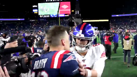 Tom Brady, Daniel Jones chat it up on field after game