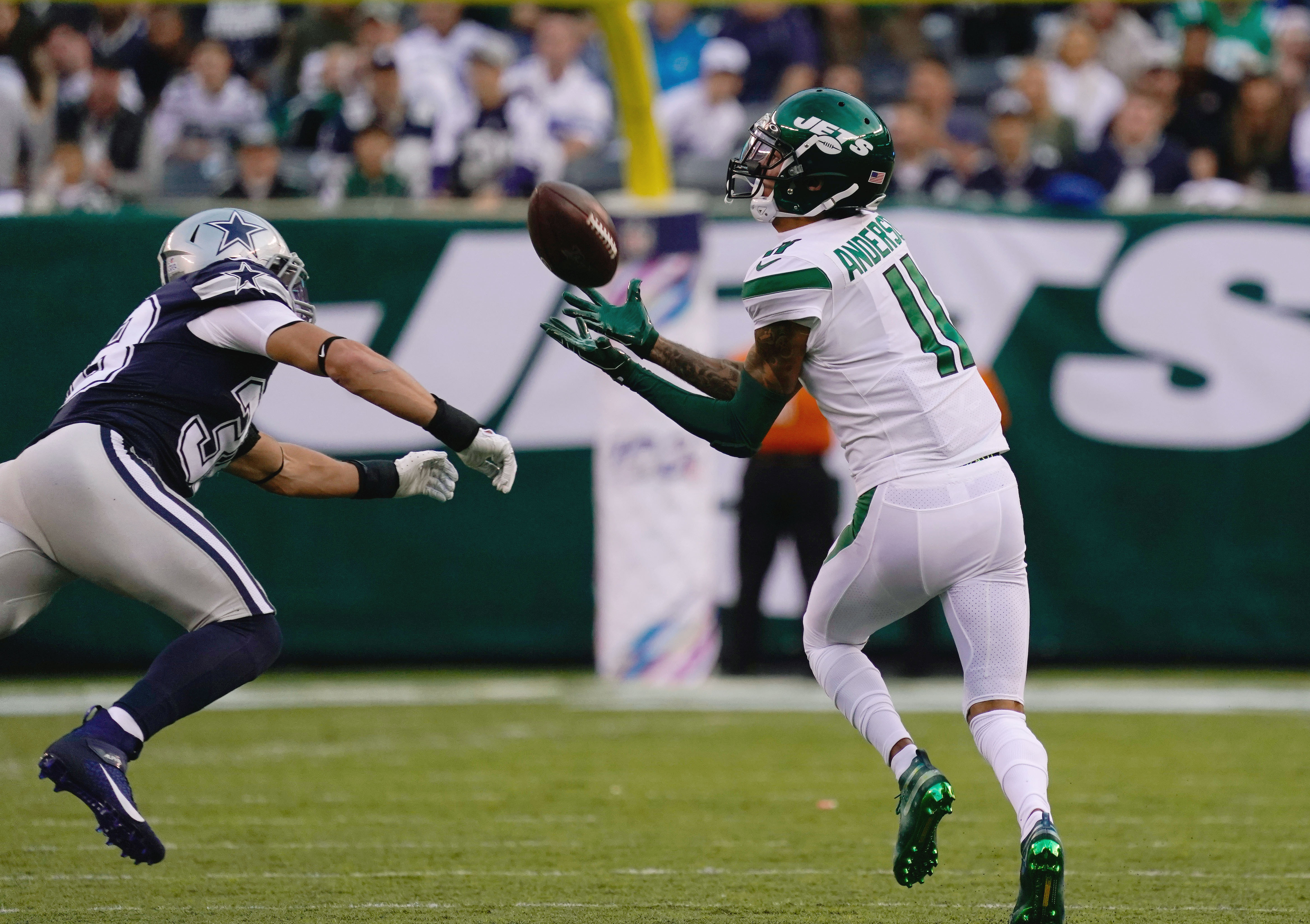 Should Eagles be interested in Robby Anderson, Rashard Higgins?
