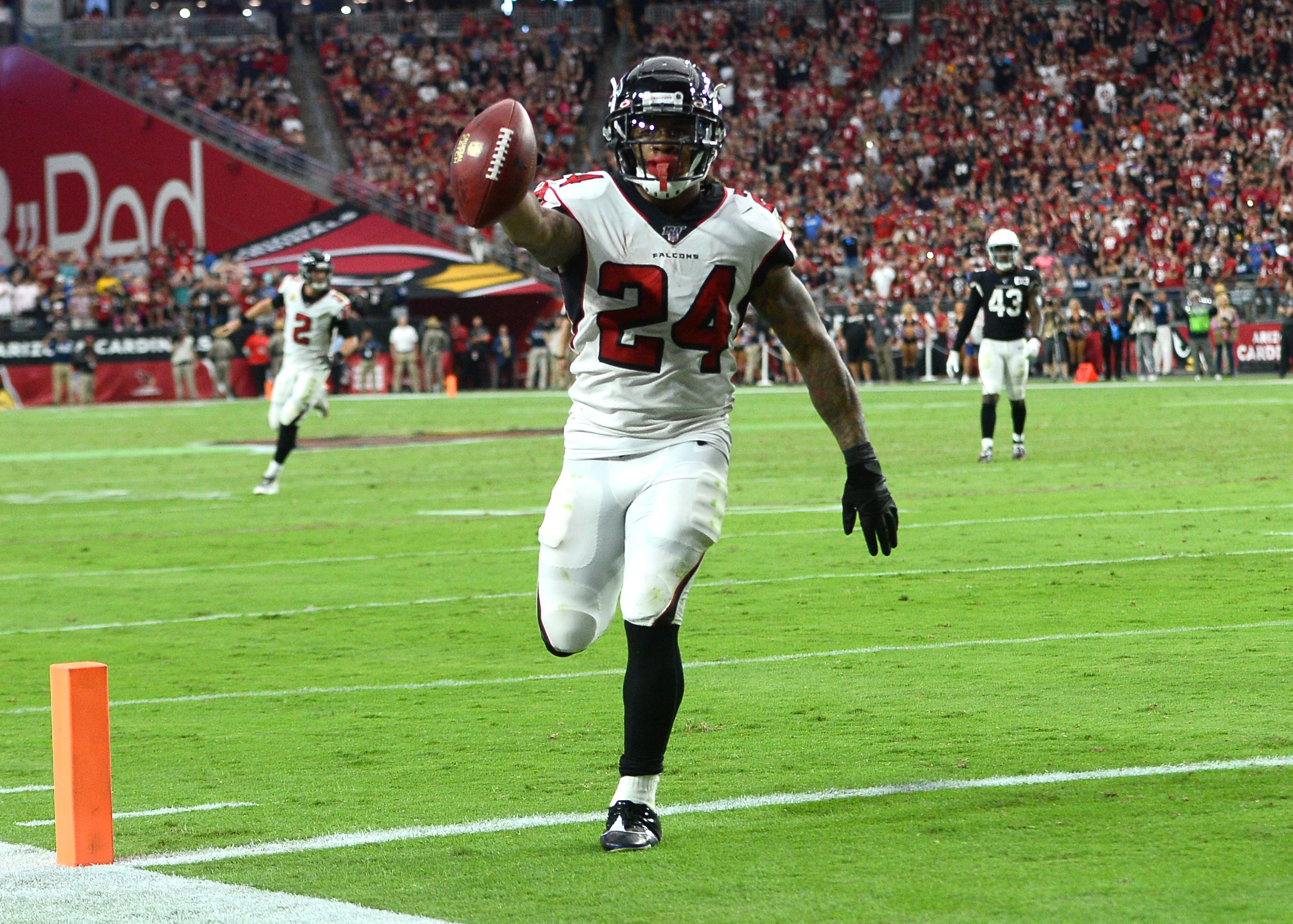 Lions, Falcons 'heavily discussed' Devonta Freeman trade