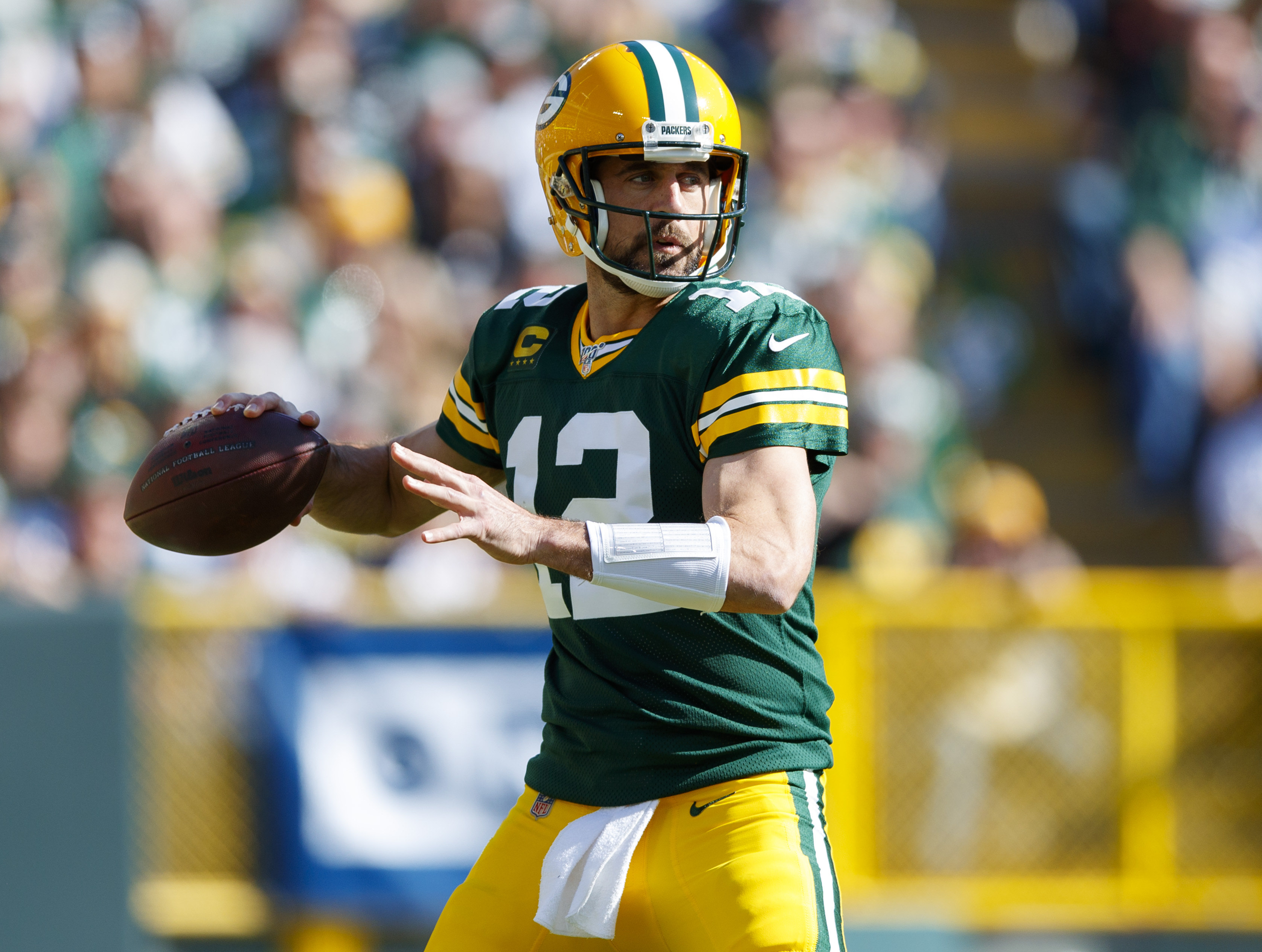 Packers QB Aaron Rodgers Lets His Play Answer His Critics