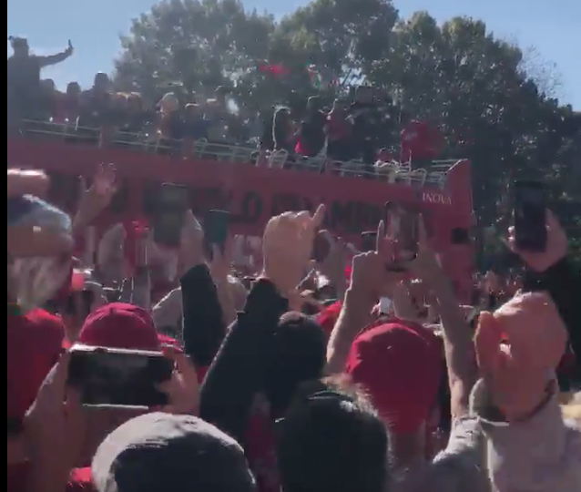 Trea Turner catches beer from Nationals fan at parade