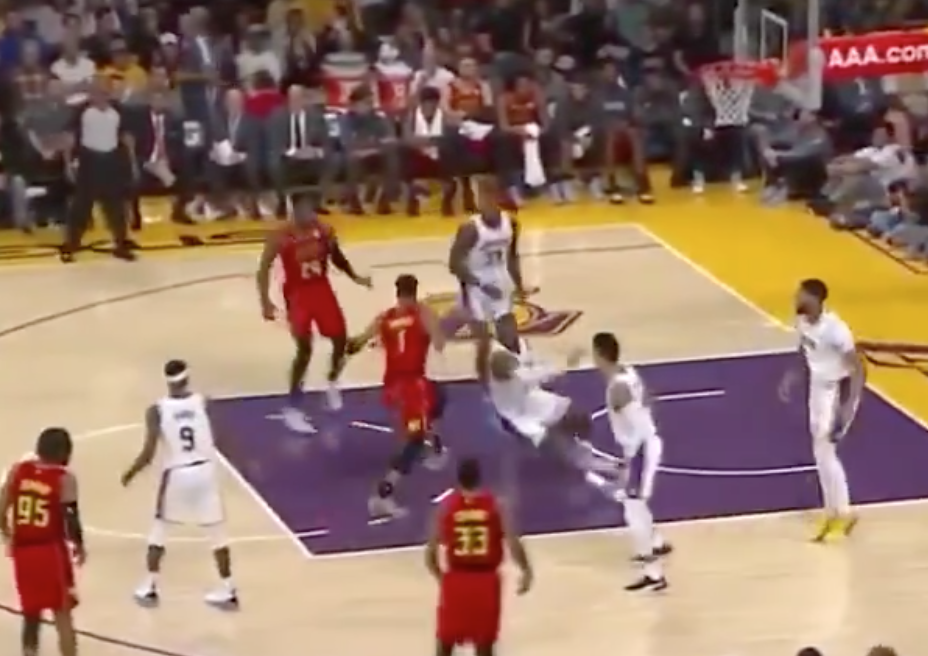 Evan Turner makes LeBron James fall down, look silly with sick move (Video)
