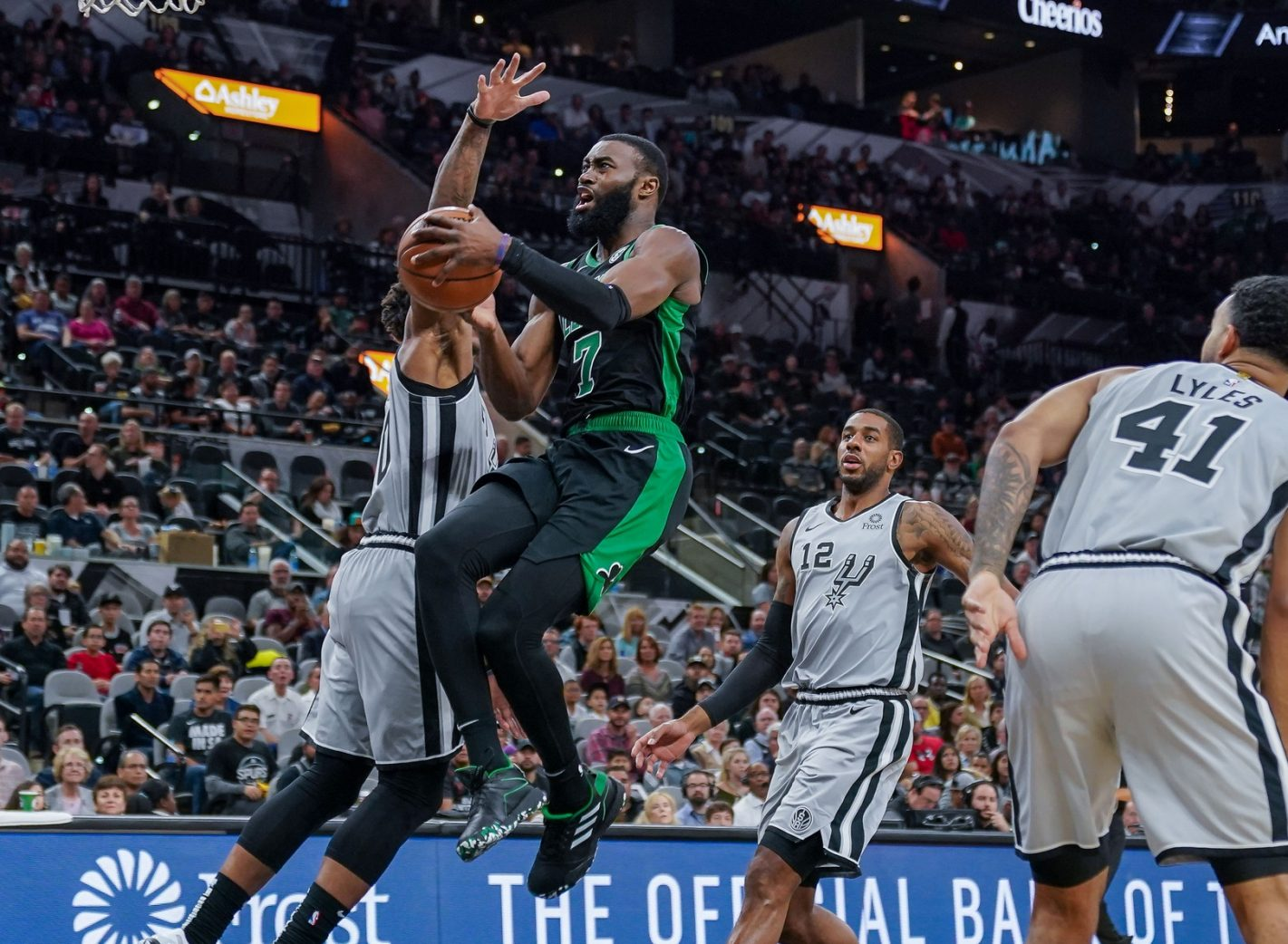 Rapid Recap: Celtics beat Spurs in San Anton, at potentially great cost