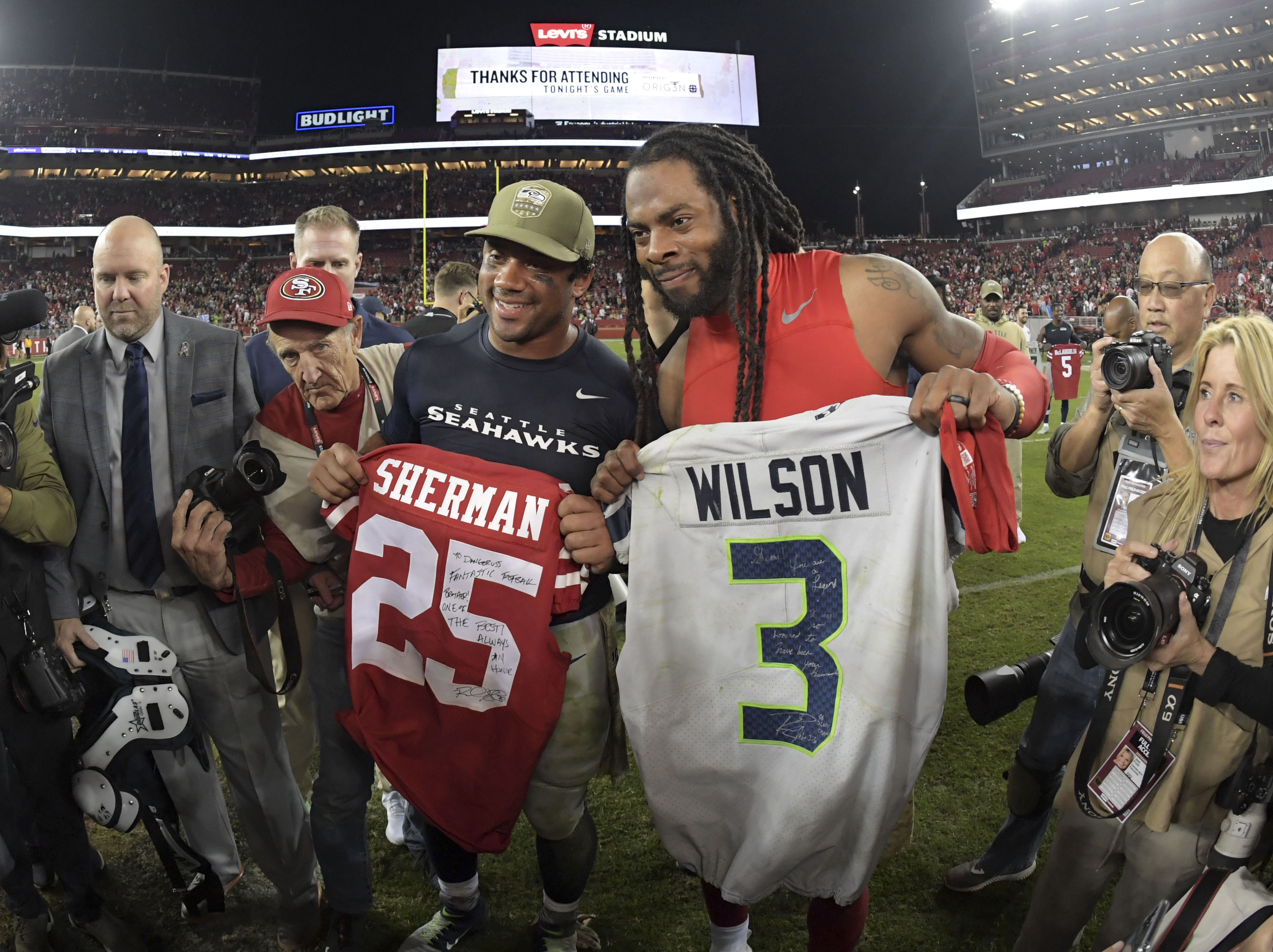 Russell Wilson, Richard Sherman prove there's no beef between them after game