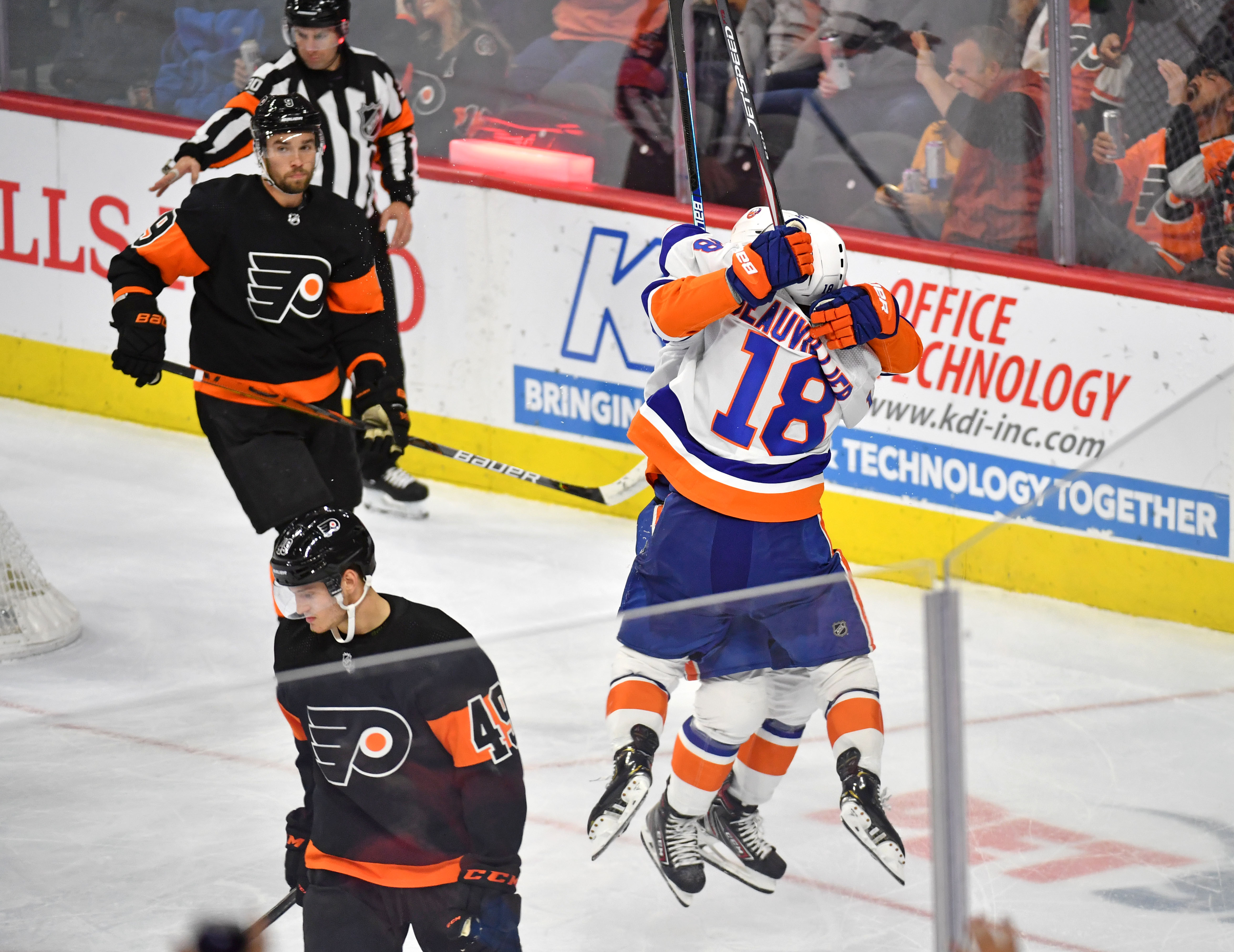 Islanders rally in third to defeat Flyers 4-3 in Shootout