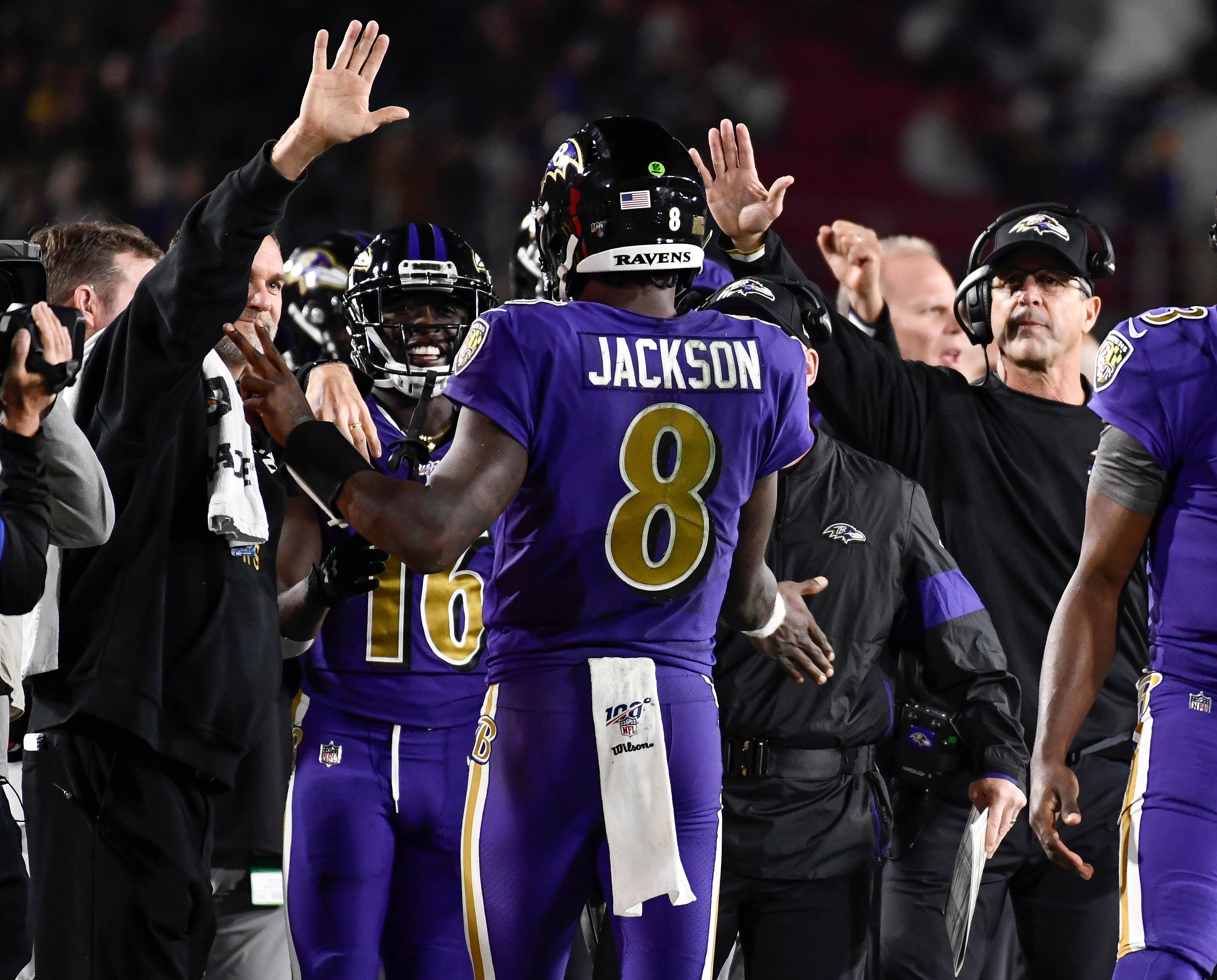 Lamar Jackson wins 2019 Otto Award