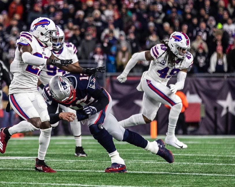 Tre'Davious White has funny Instagram reply to Tom Brady's flex about key block