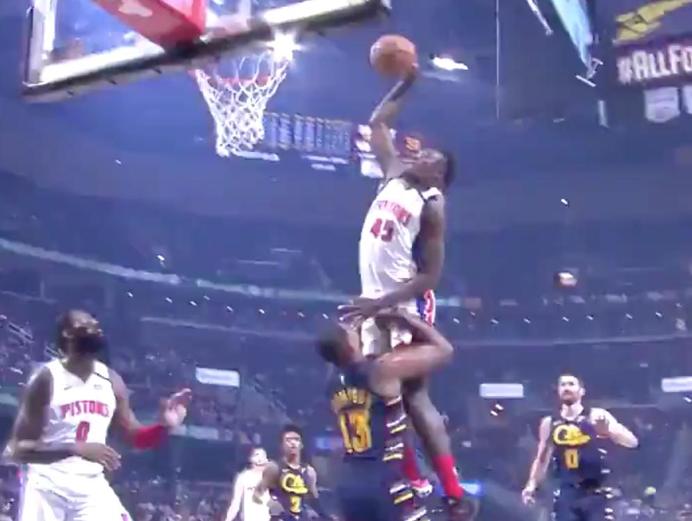 Sekou Doumbouya dunks all over Tristan Thompson, stares him down afterward (Video)