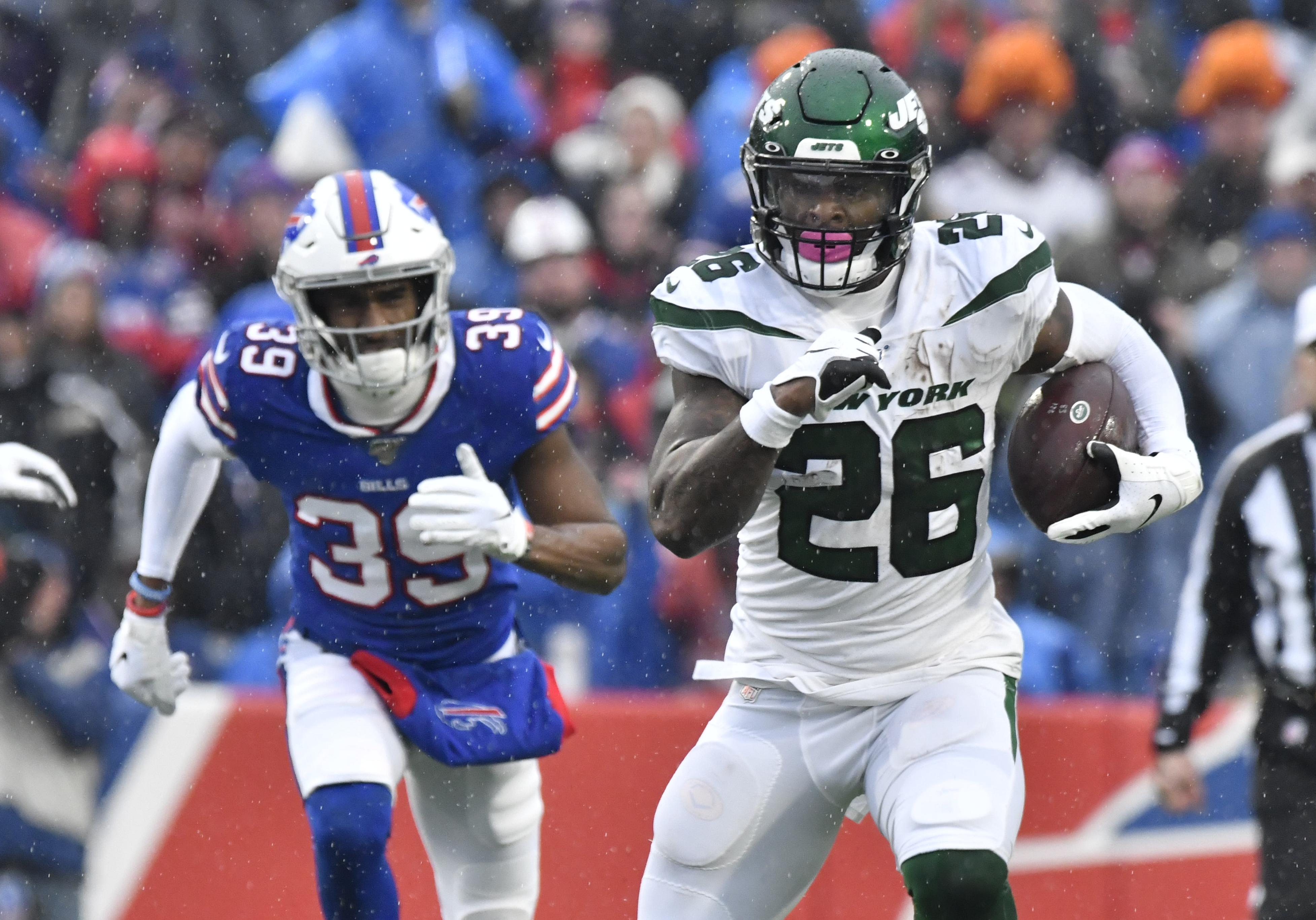Joe Douglas: Jets 'value' Le'Veon Bell