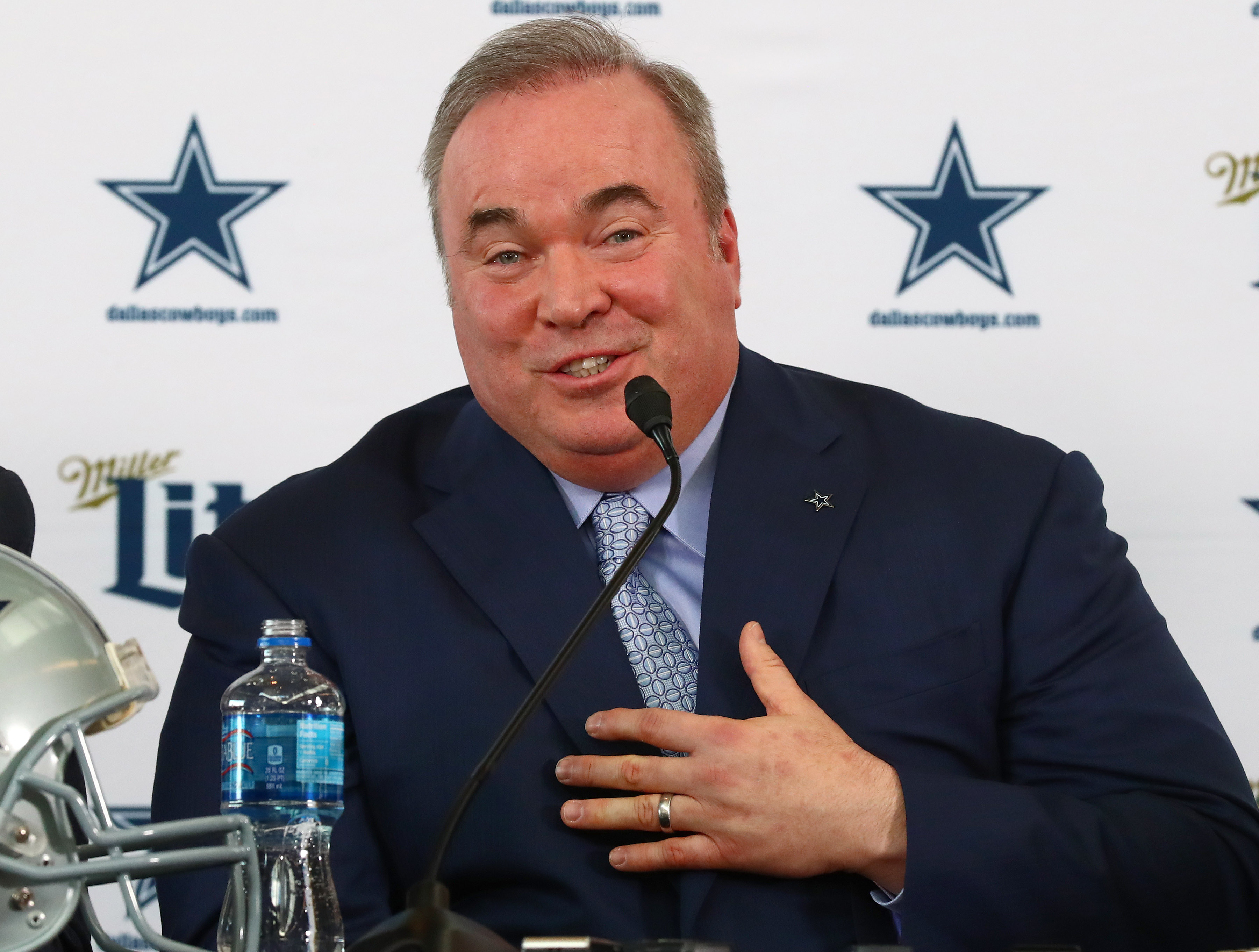 Mike McCarthy shares plan to 'get Zeke the football,' establish run game with Cowboys