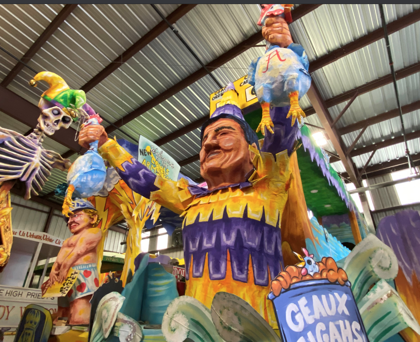 Ed Orgeron featured on intricate Mardi Gras float
