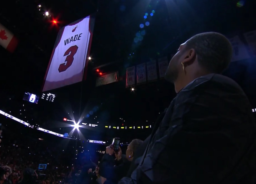 Heat hang Dwyane Wade's jersey from rafters at retirement ceremony (Video)